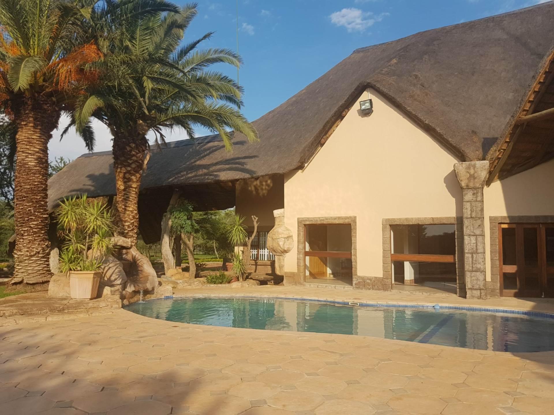 Pretoria, Kameelfontein Estates Property  | Houses For Sale Kameelfontein Estates, KAMEELFONTEIN ESTATES, Smallholdings 4 bedrooms property for sale Price:3,250,000