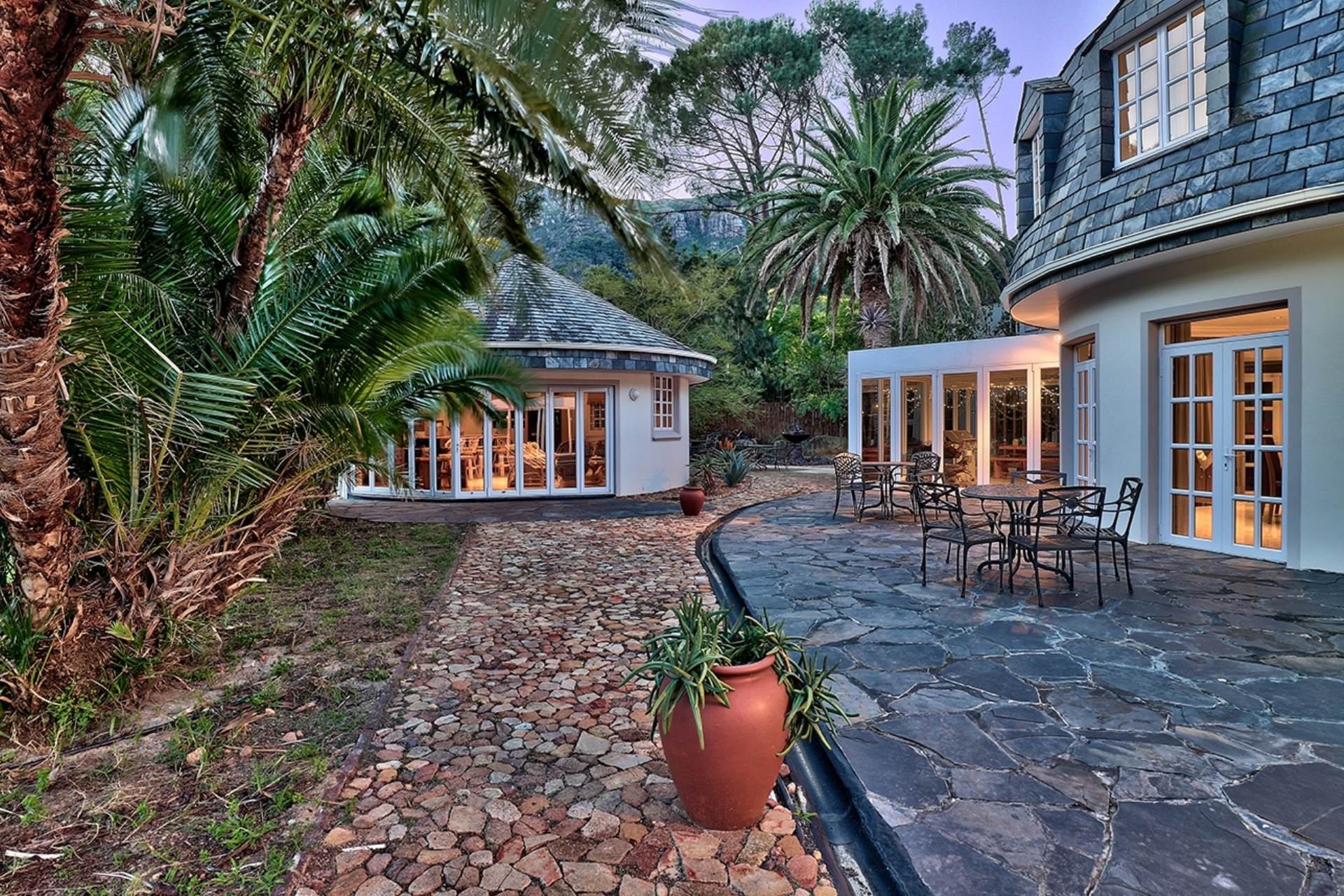Hout Bay, Hout Bay Property  | Houses For Sale Hout Bay, HOUT BAY, House 6 bedrooms property for sale Price:19,500,000