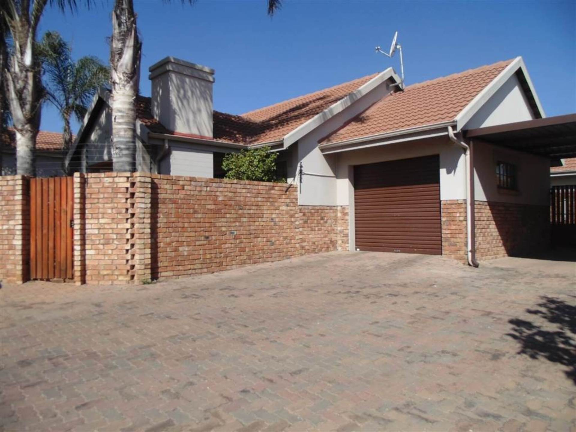 Centurion, Amberfield Property  | Houses For Sale Amberfield, AMBERFIELD, Townhouse 2 bedrooms property for sale Price:1,168,000