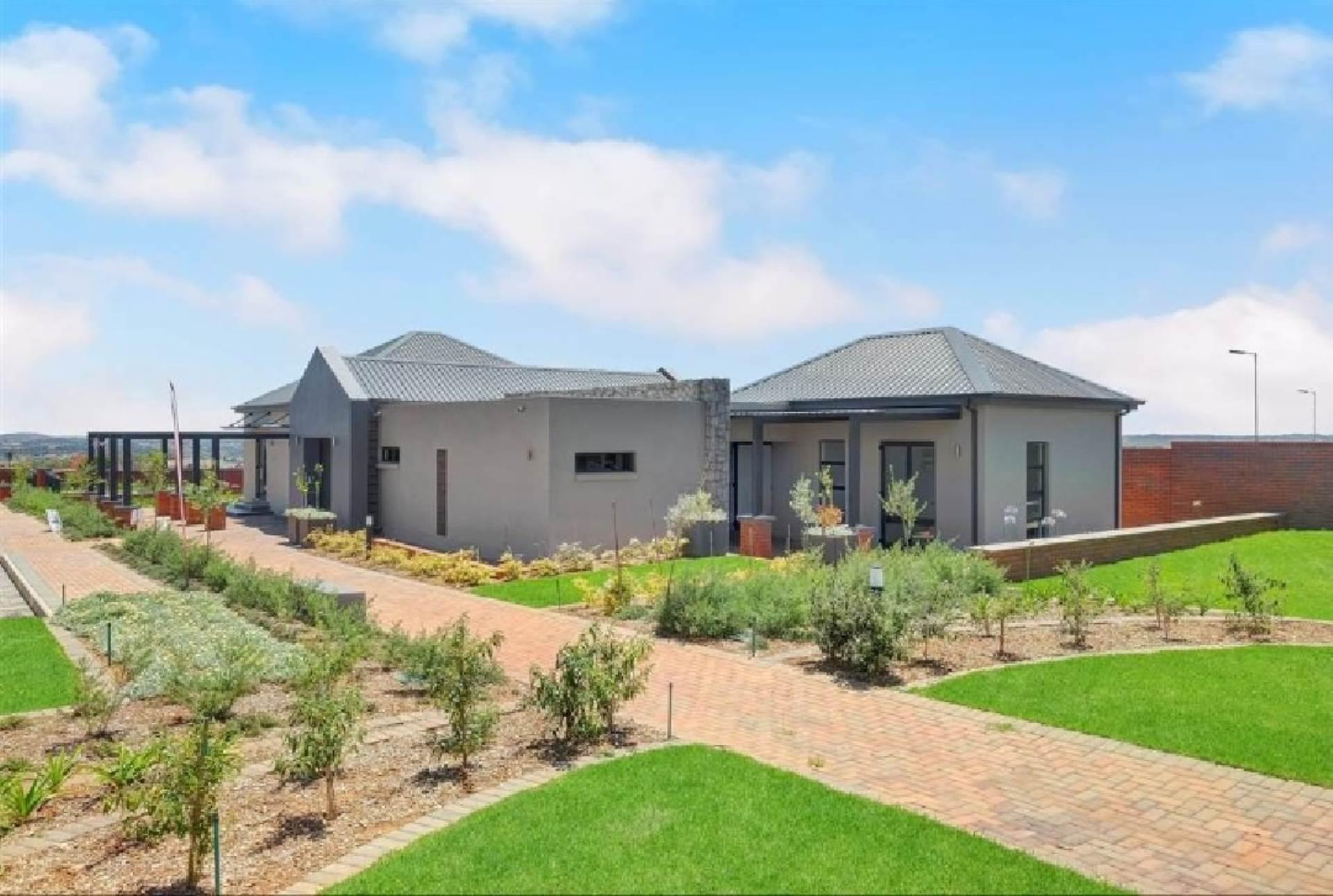 Centurion, Louwlardia Property  | Houses For Sale Louwlardia, LOUWLARDIA, House 3 bedrooms property for sale Price:2,939,000