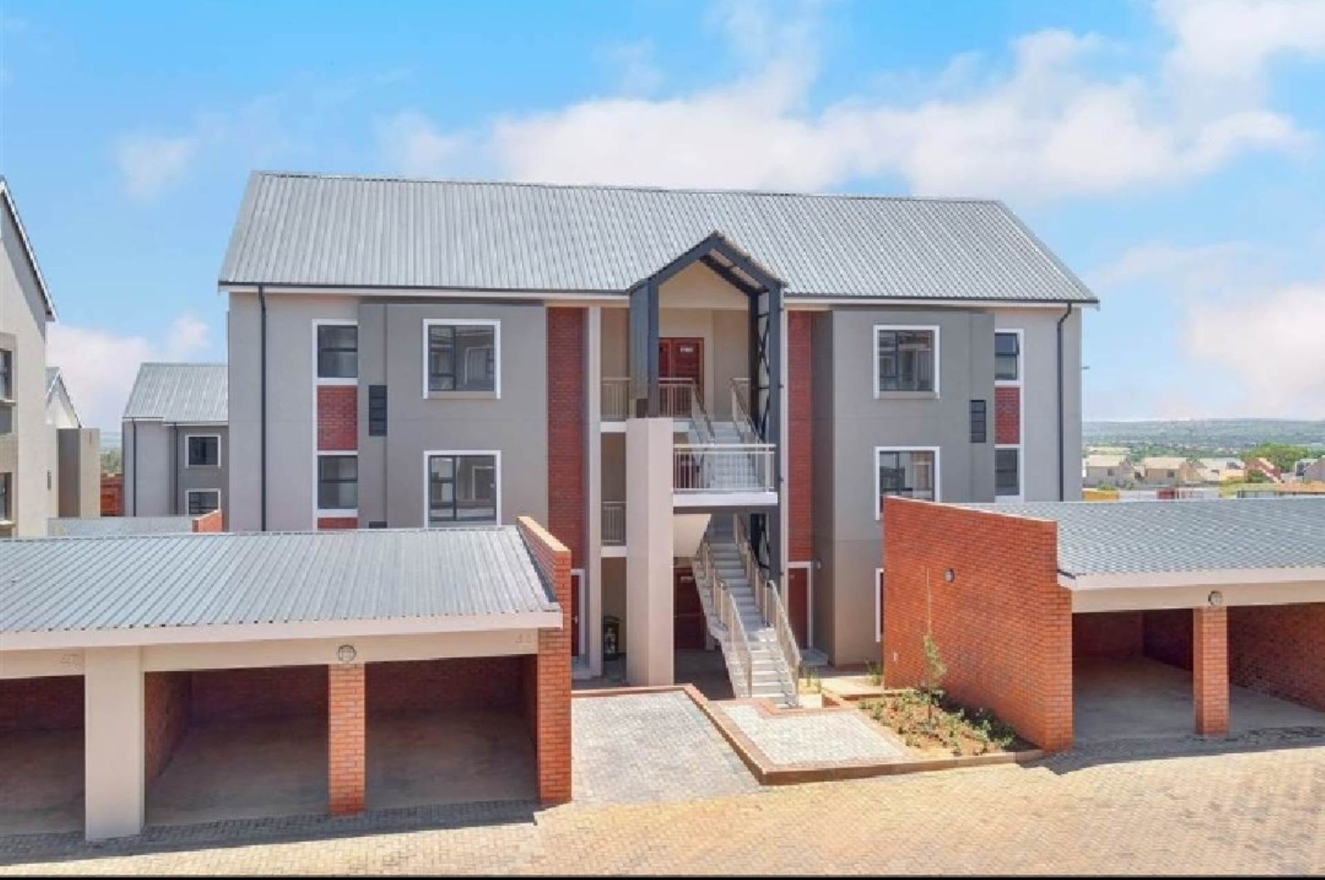 Centurion, Louwlardia Property  | Houses For Sale Louwlardia, LOUWLARDIA, Townhouse 3 bedrooms property for sale Price:1,655,000