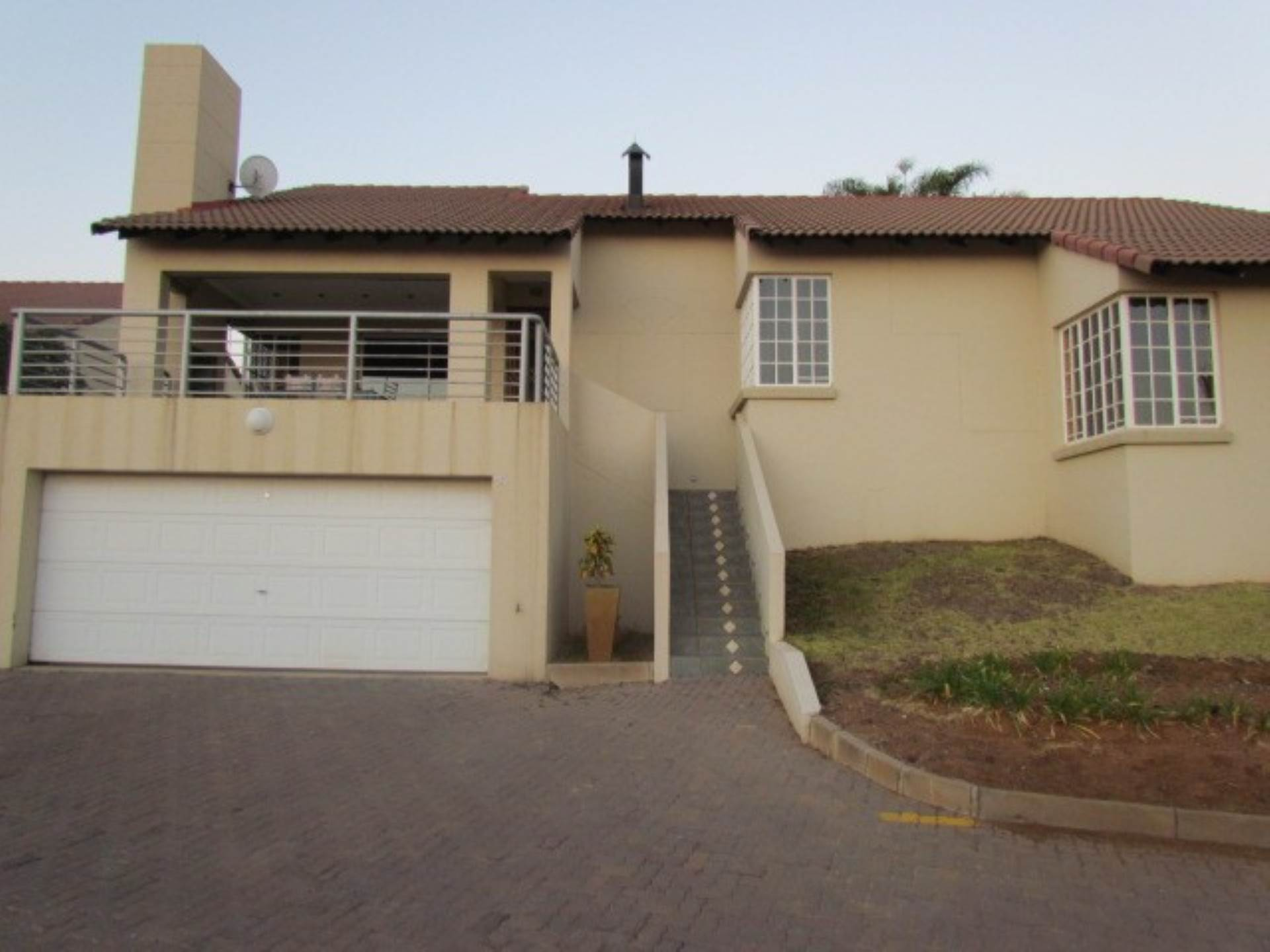 Pretoria, Erasmuskloof Ext 3 Property  | Houses For Sale Erasmuskloof Ext 3, ERASMUSKLOOF Ext 3, Townhouse 3 bedrooms property for sale Price:1,865,000