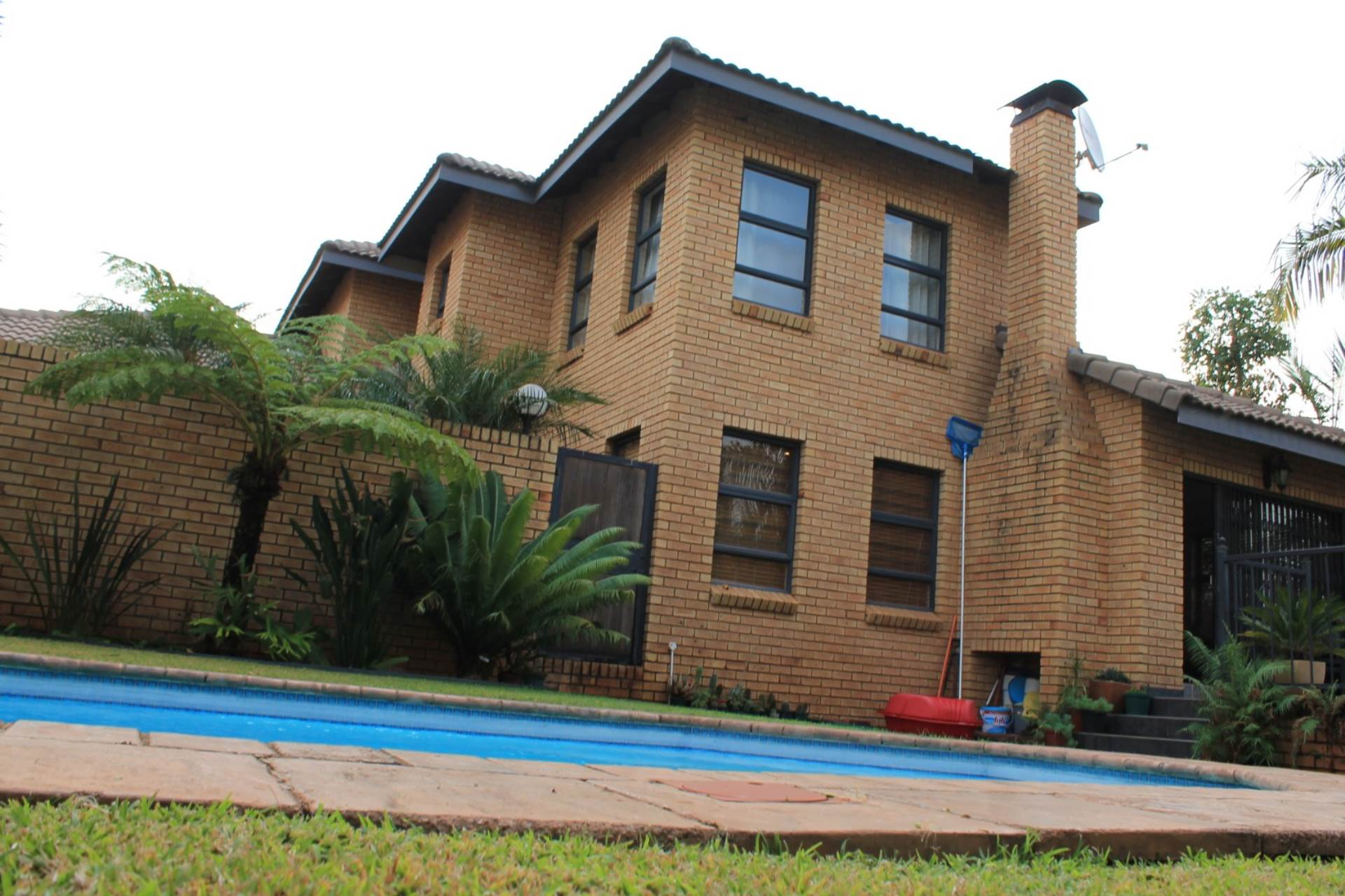 Property and Houses for sale in Ninapark, House, 3 Bedrooms - ZAR 2,385,000