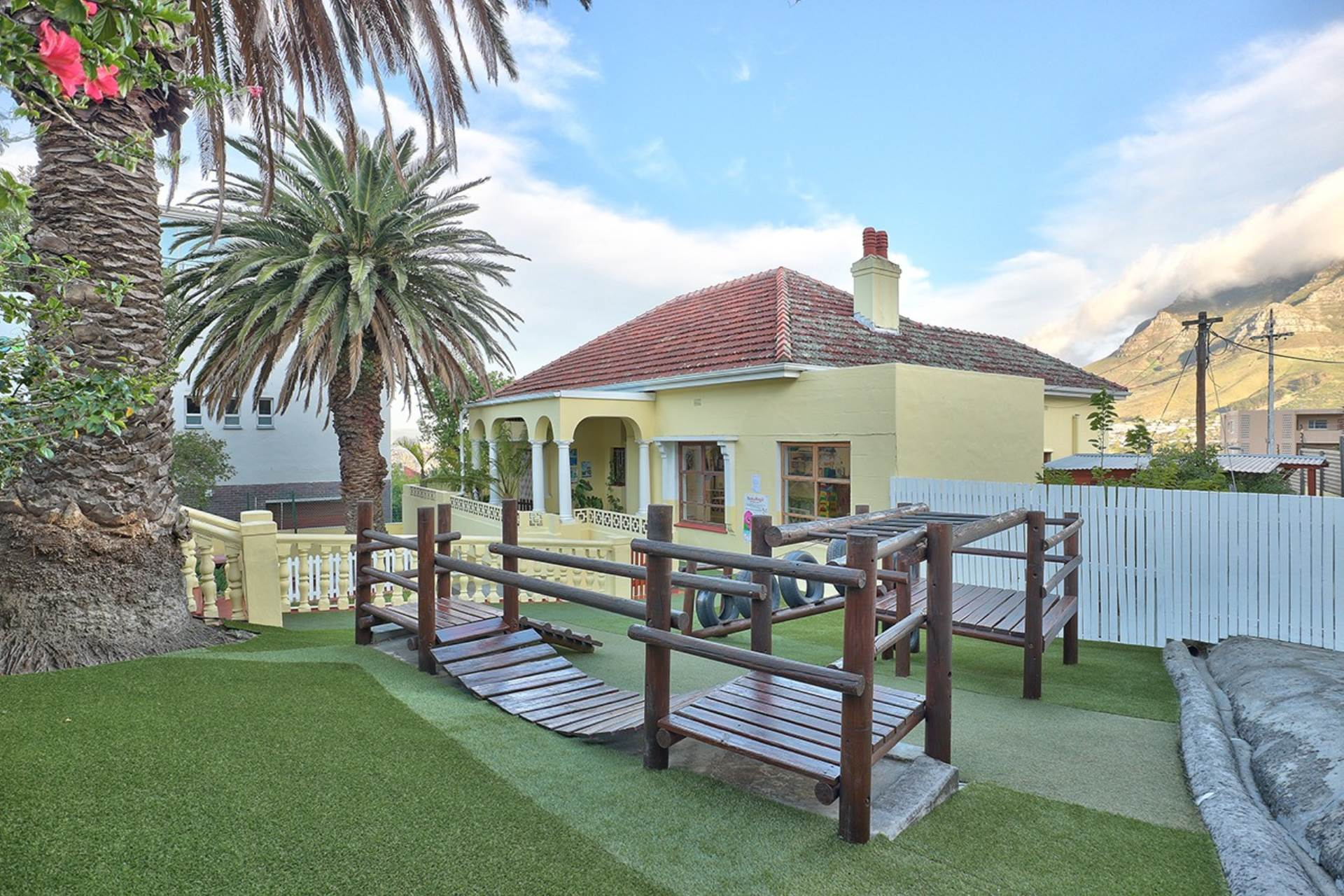 Cape Town, Gardens Property    Houses For Sale Gardens, GARDENS, Business  property for sale Price:9,850,000