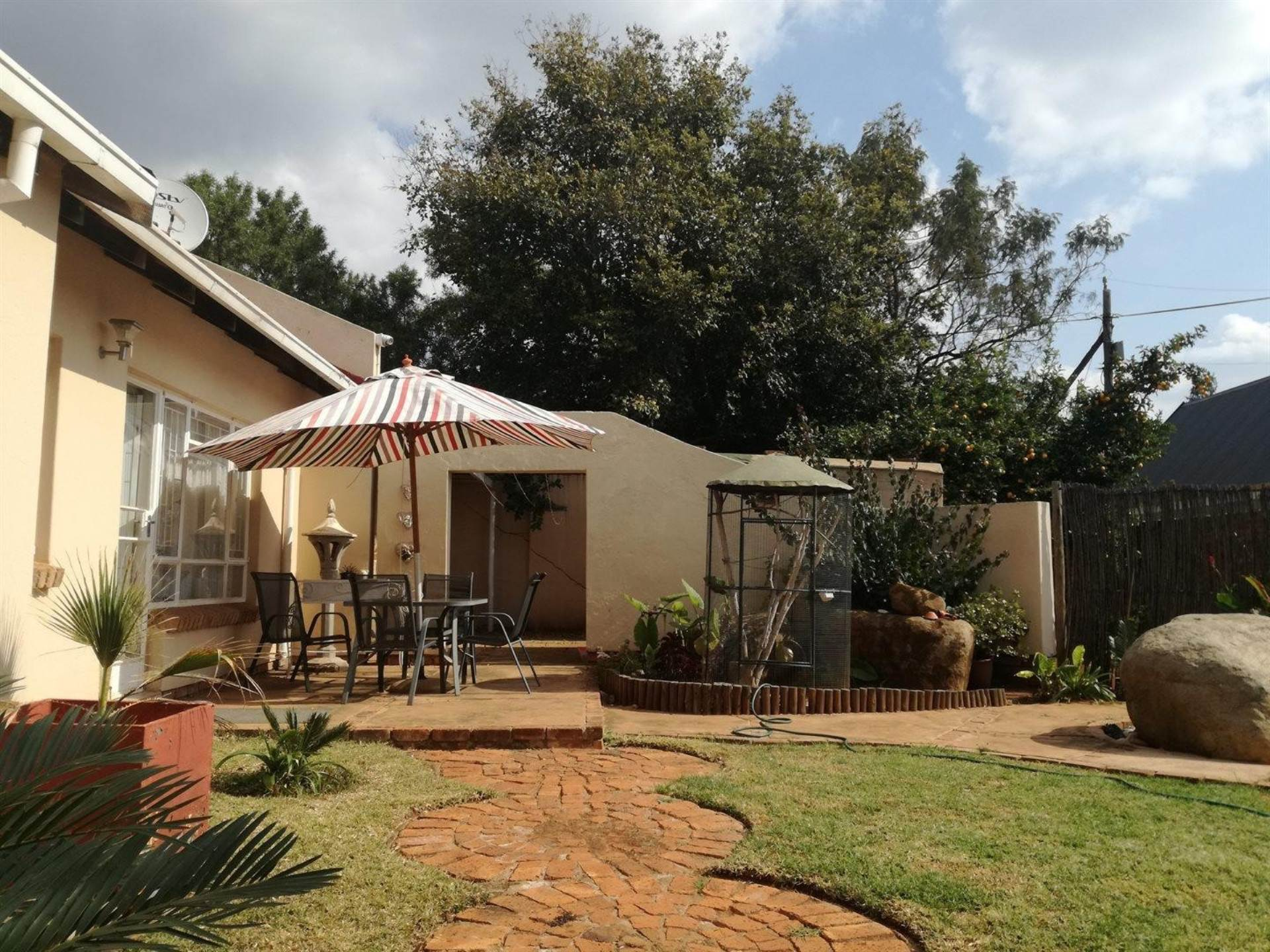 Property and Houses for sale in Karenpark, House, 3 Bedrooms - ZAR 1,080,000