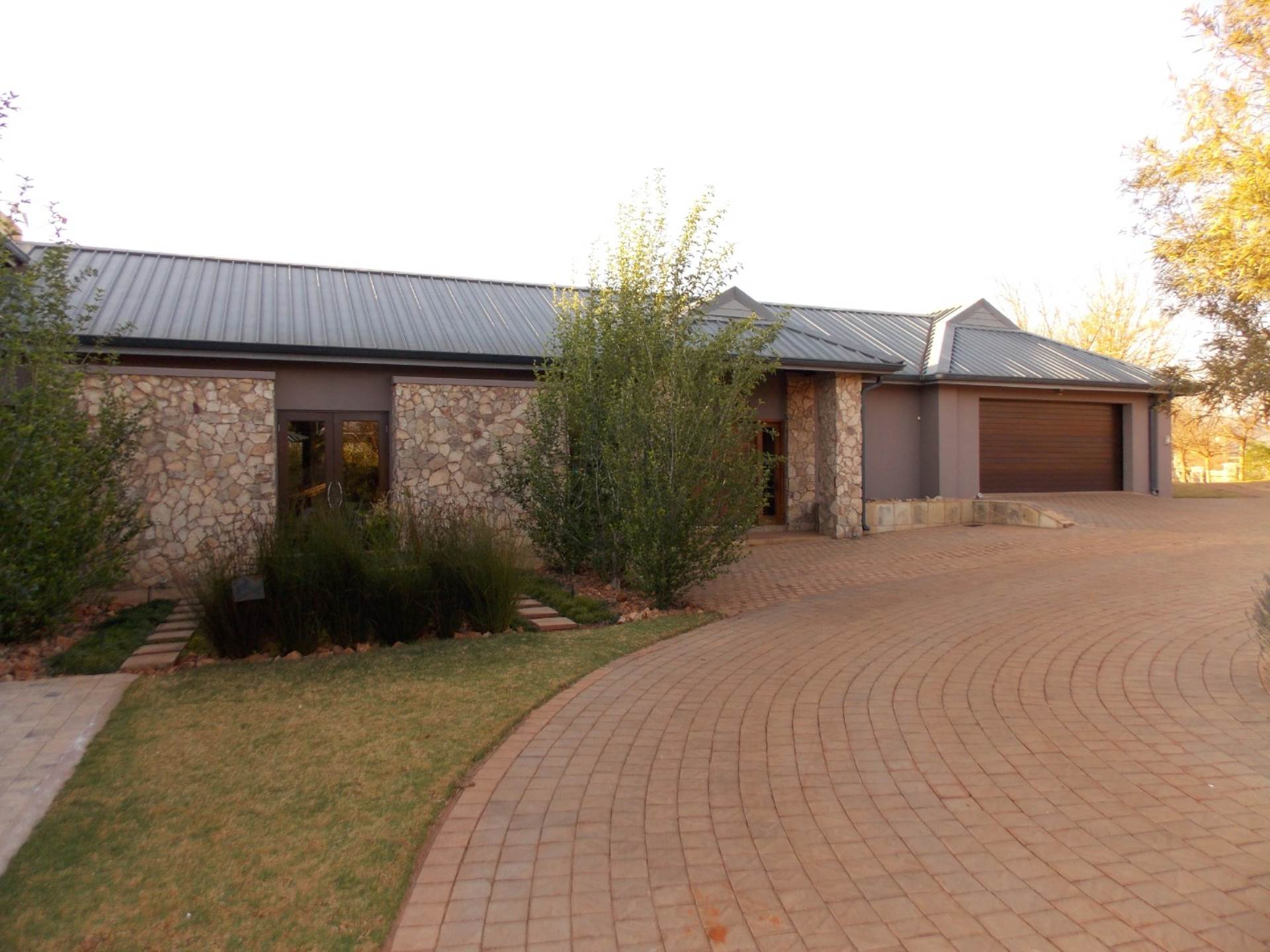 Rietvlei View Country Estate property for sale. Ref No: 13675032. Picture no 2