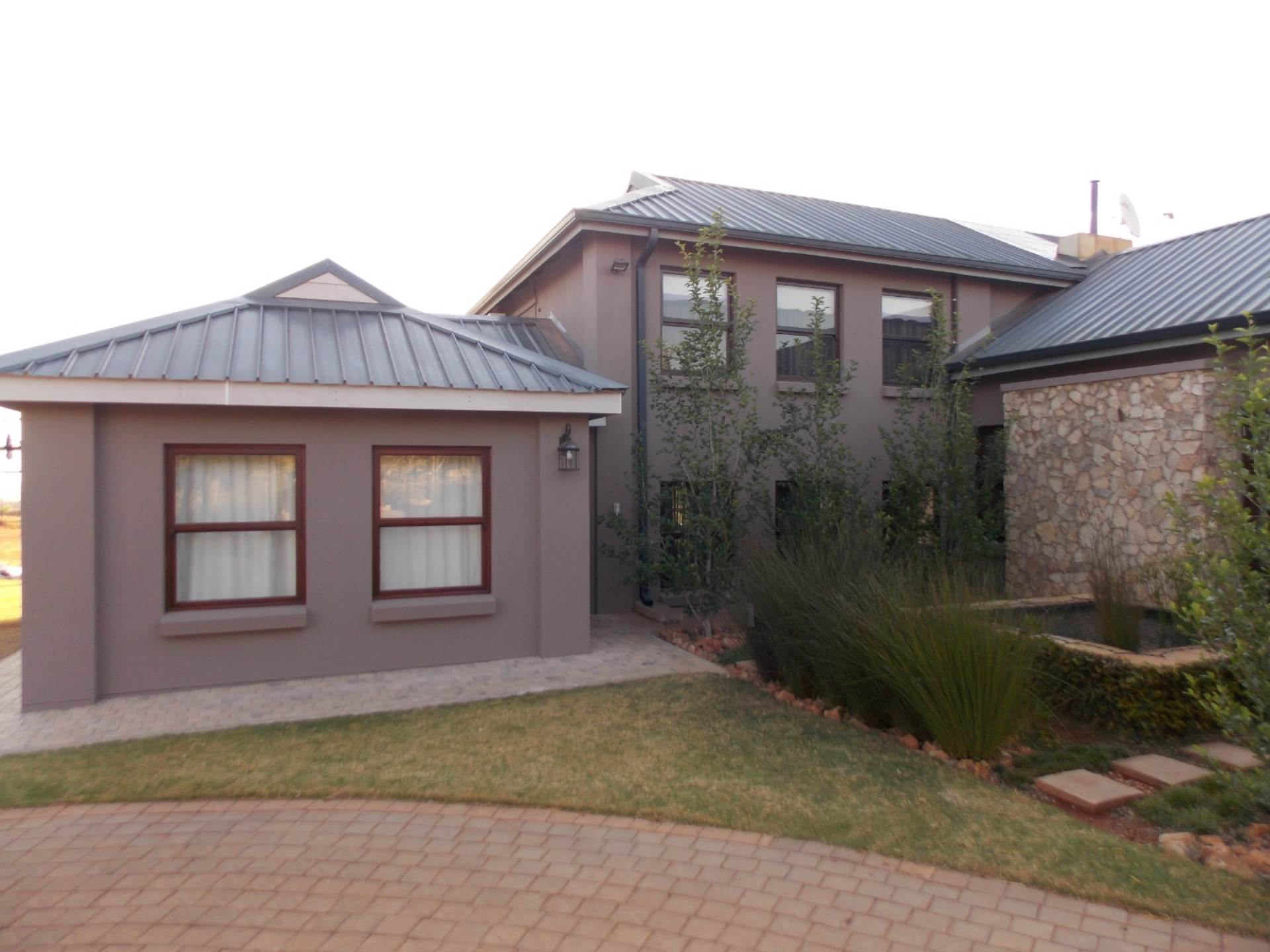 Rietvlei View Country Estate property for sale. Ref No: 13675032. Picture no 3
