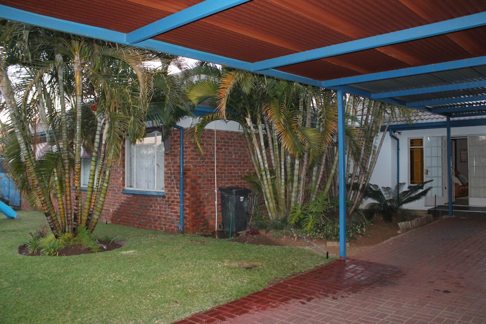 Property and Houses for sale in Theresapark, House, 5 Bedrooms - ZAR 1,555,000
