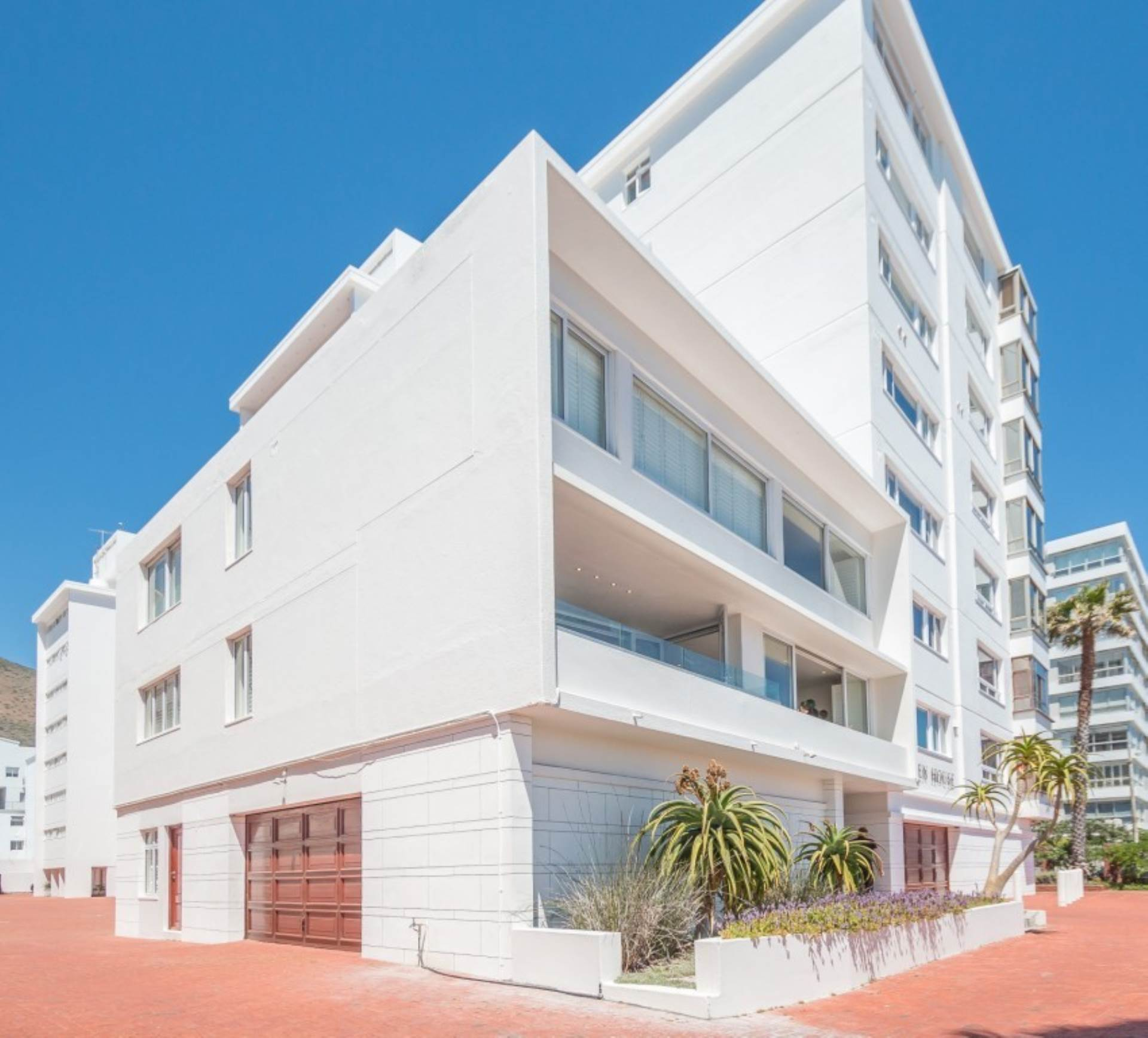 Cape Town, Sea Point Property  | Houses For Sale Sea Point, SEA POINT, Apartment 4 bedrooms property for sale Price:23,000,000