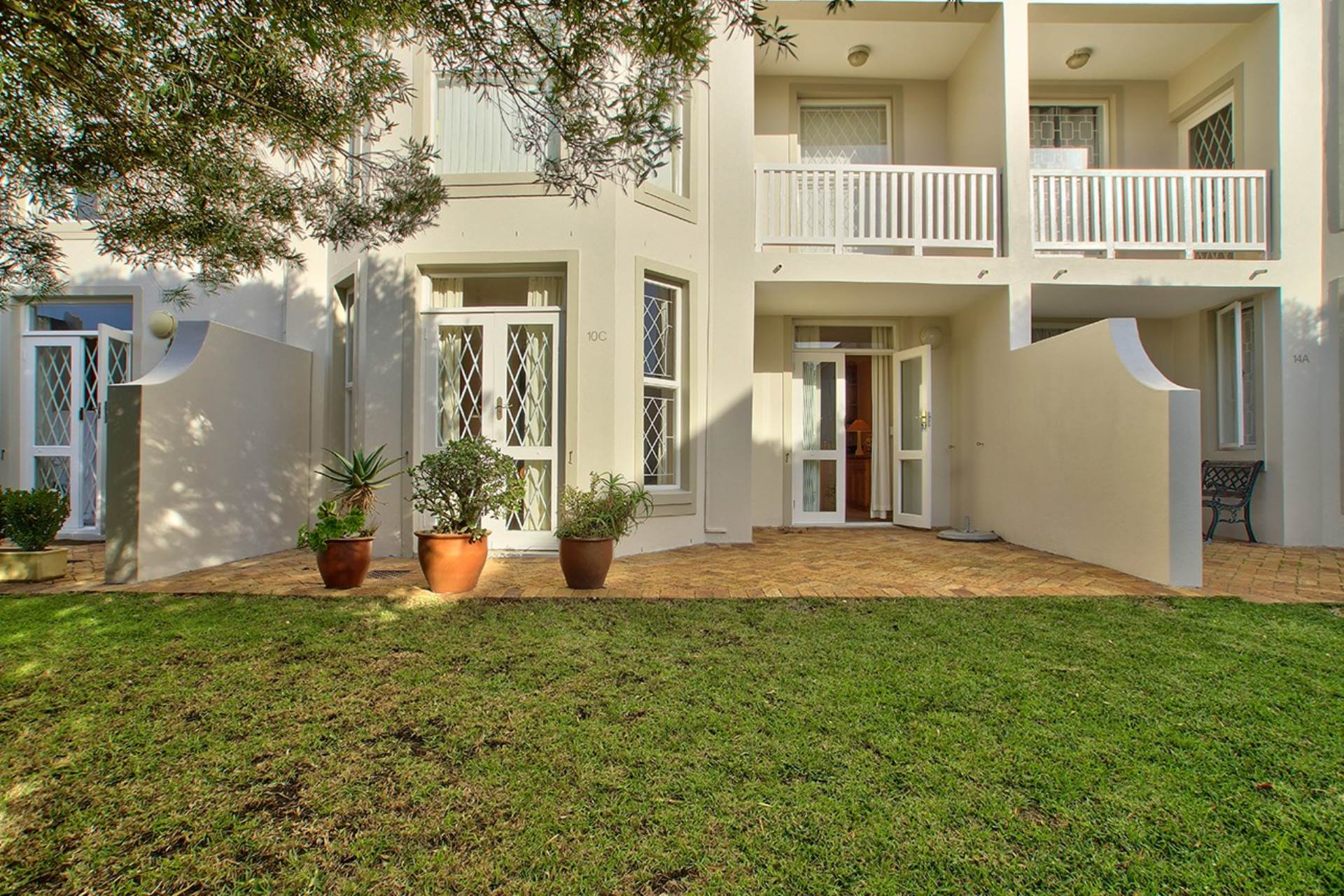 Cape Town, Devils Peak Property  | Houses To Rent Devils Peak, DEVILS PEAK, Apartment 3 bedrooms property to rent Price:, 22,00*