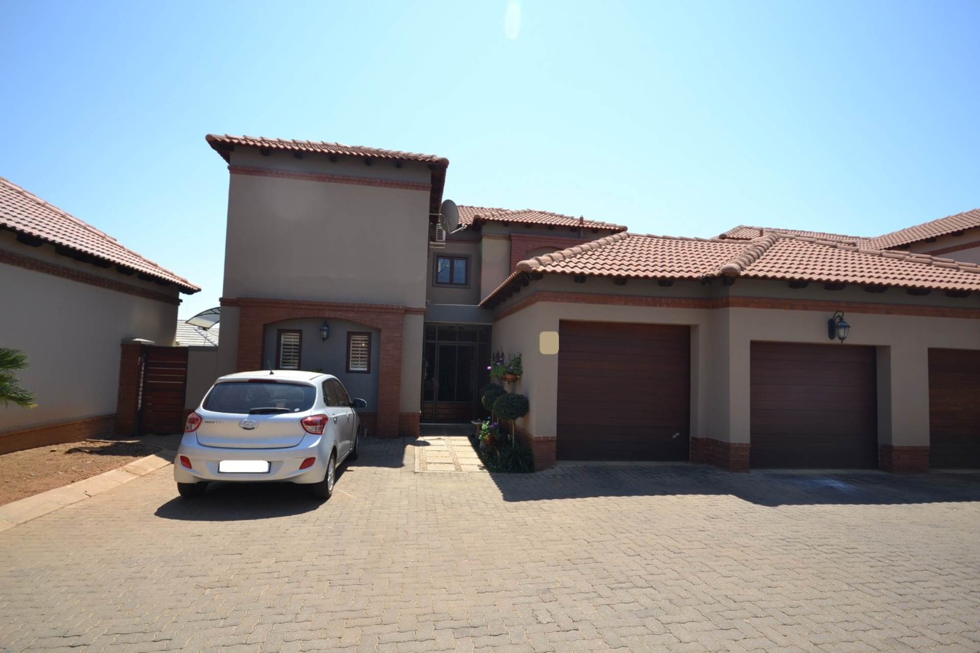 Property and Houses for sale in Olympus - Page 3, House, 3 Bedrooms - ZAR 2,560,000