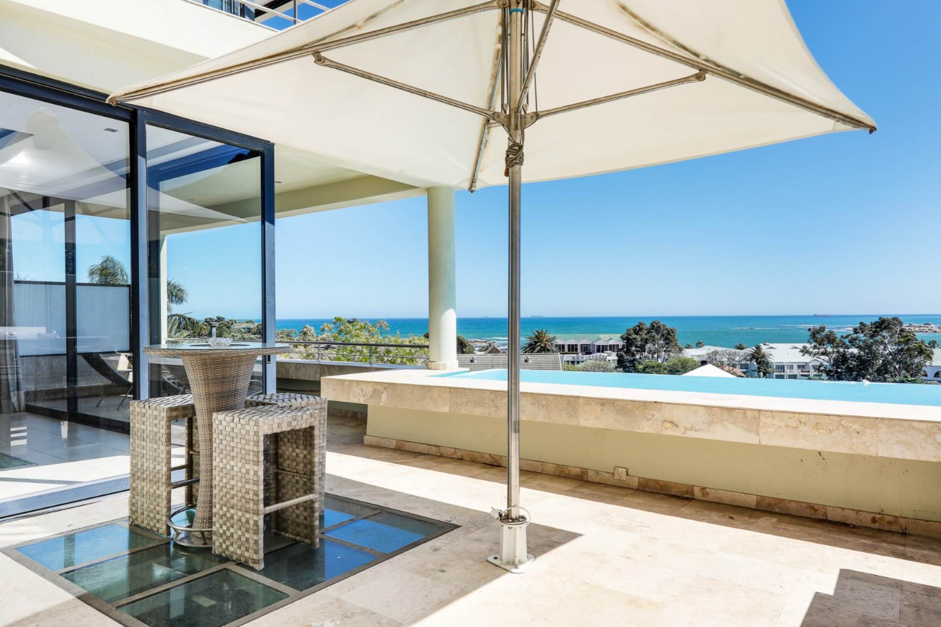Cape Town, Camps Bay Property    Houses To Rent Camps Bay, CAMPS BAY, House 6 bedrooms property to rent Price:,164,00*