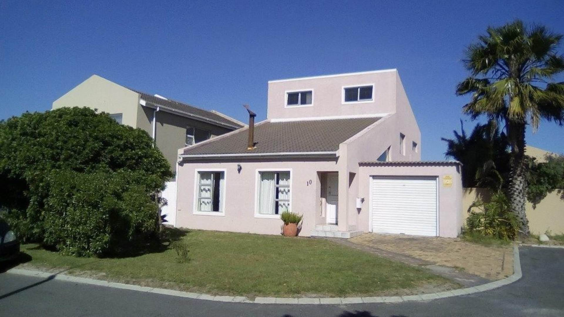 Property and Houses for sale in Milnerton Ridge, House, 6 Bedrooms - ZAR 3,550,000