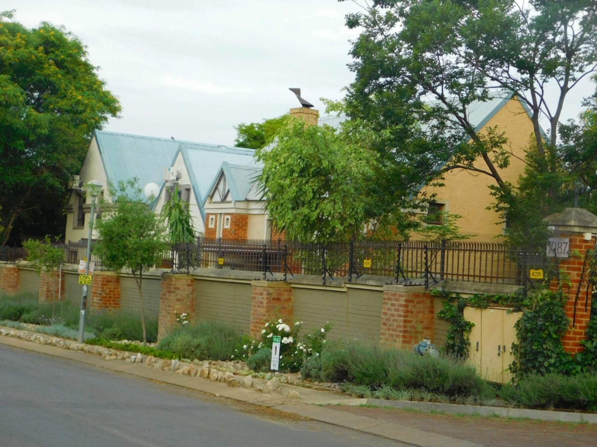 Pretoria, Equestria Property  | Houses For Sale Equestria, EQUESTRIA, Cluster 3 bedrooms property for sale Price:2,195,000