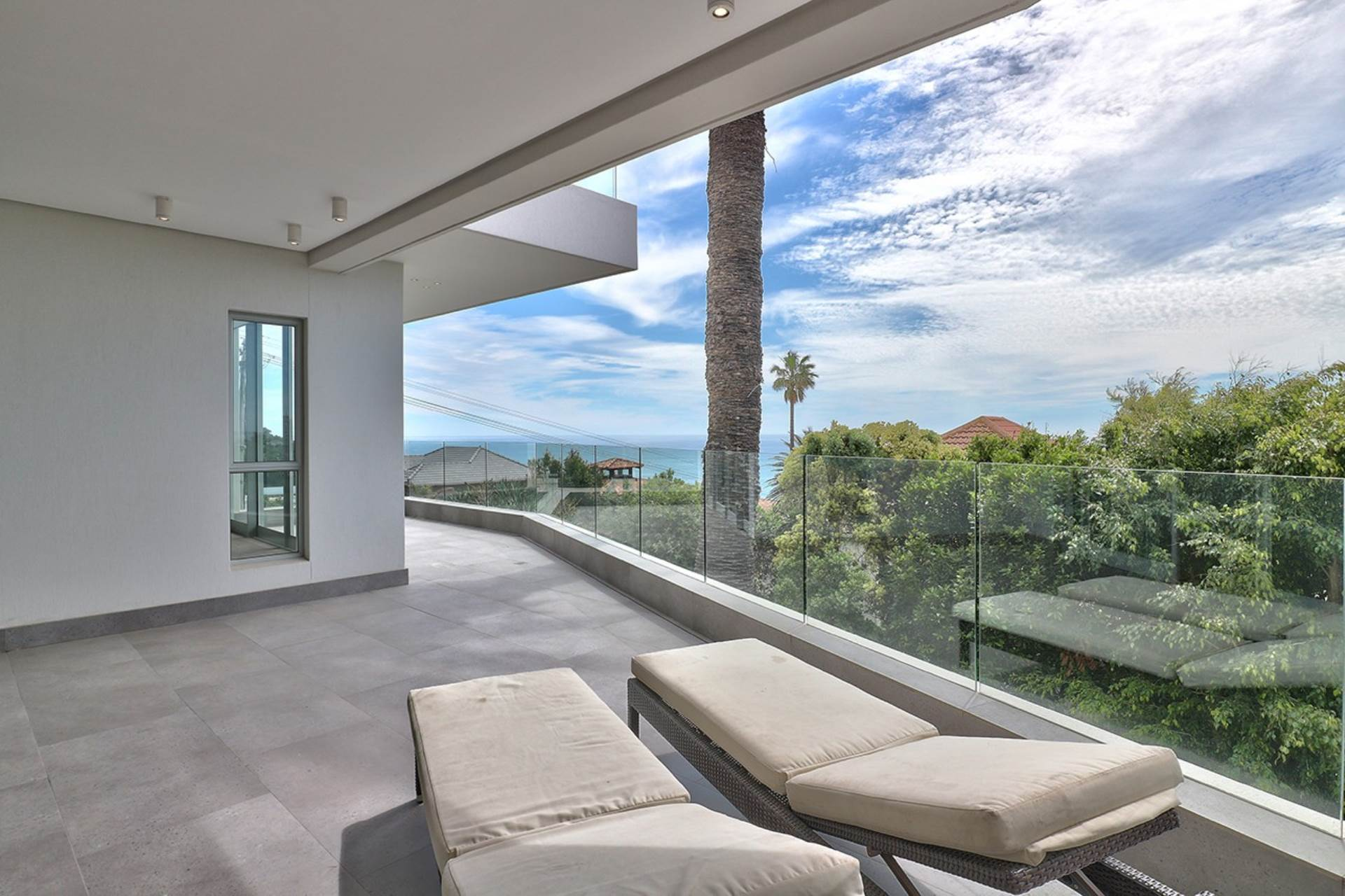 Property and Houses for sale in Bantry Bay, Apartment, 3 Bedrooms - ZAR 19,950,000