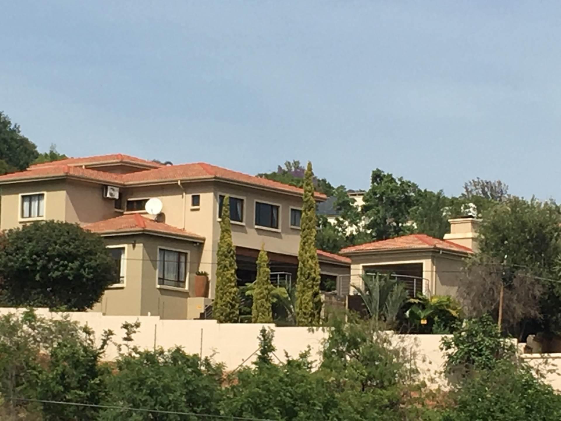 , House, 4 Bedrooms - ZAR 5,400,000