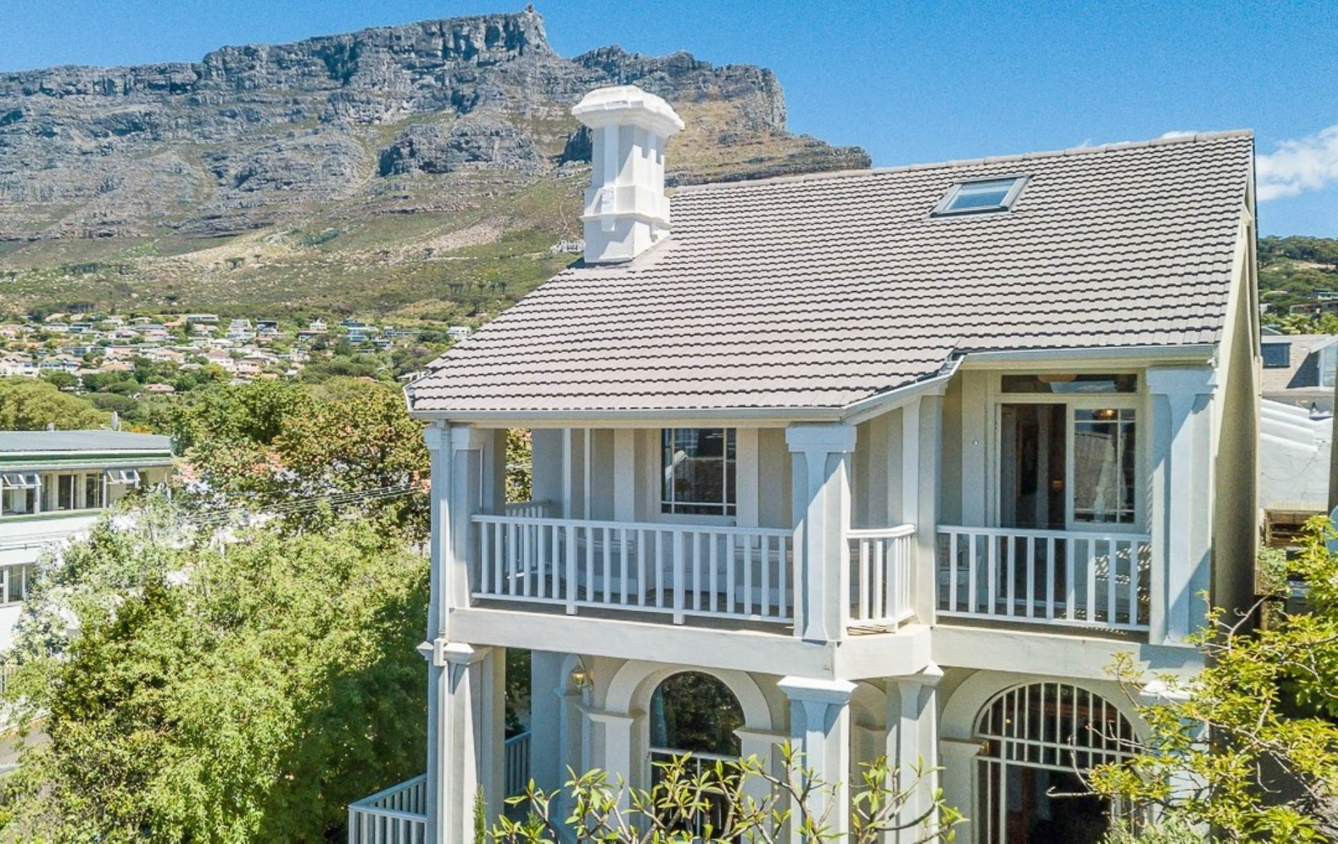 Cape Town, Gardens Property    Houses For Sale Gardens, GARDENS, House 4 bedrooms property for sale Price:12,500,000