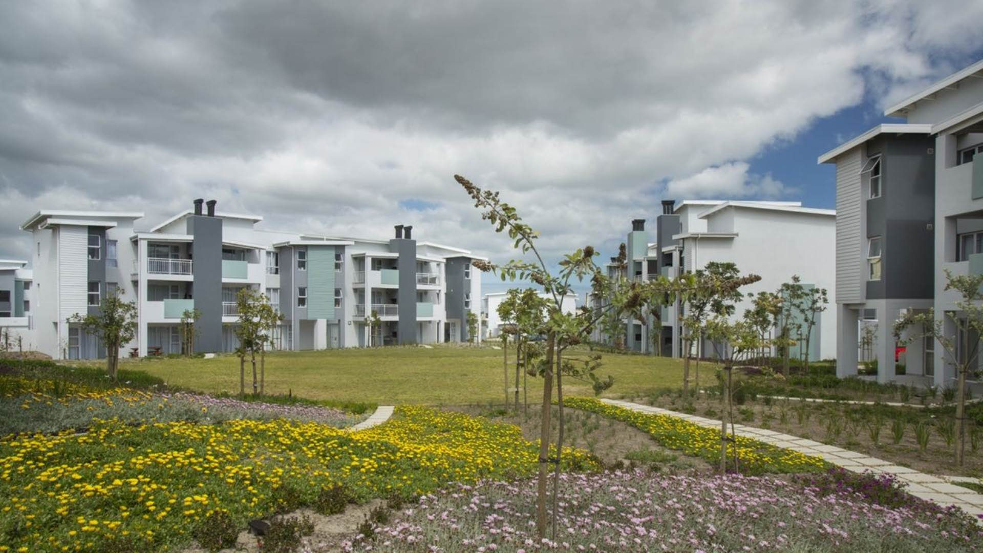 Apartment rental monthly burgundy estate milnerton