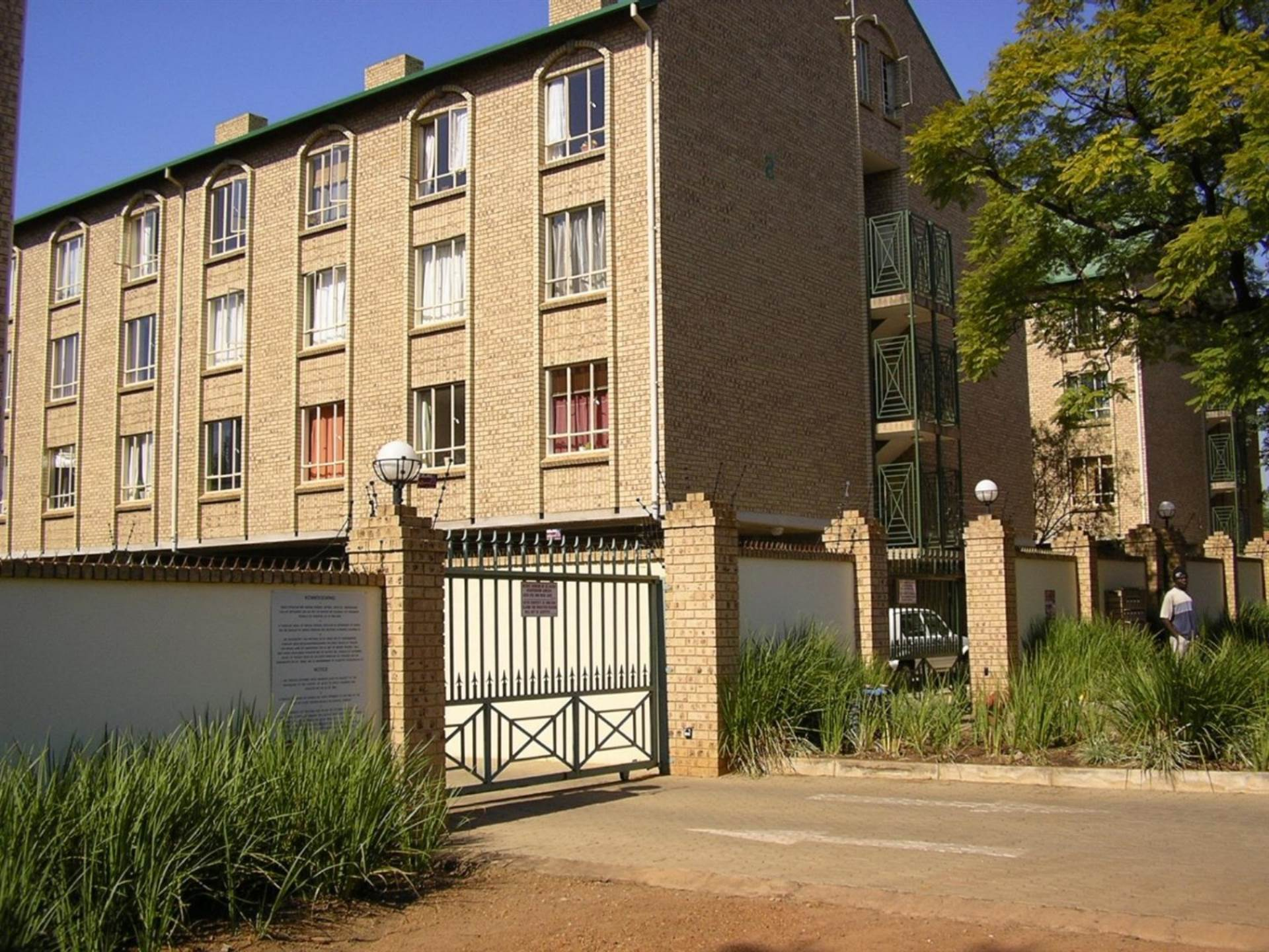 , Apartment, 3 Bedrooms - ZAR 1,250,000