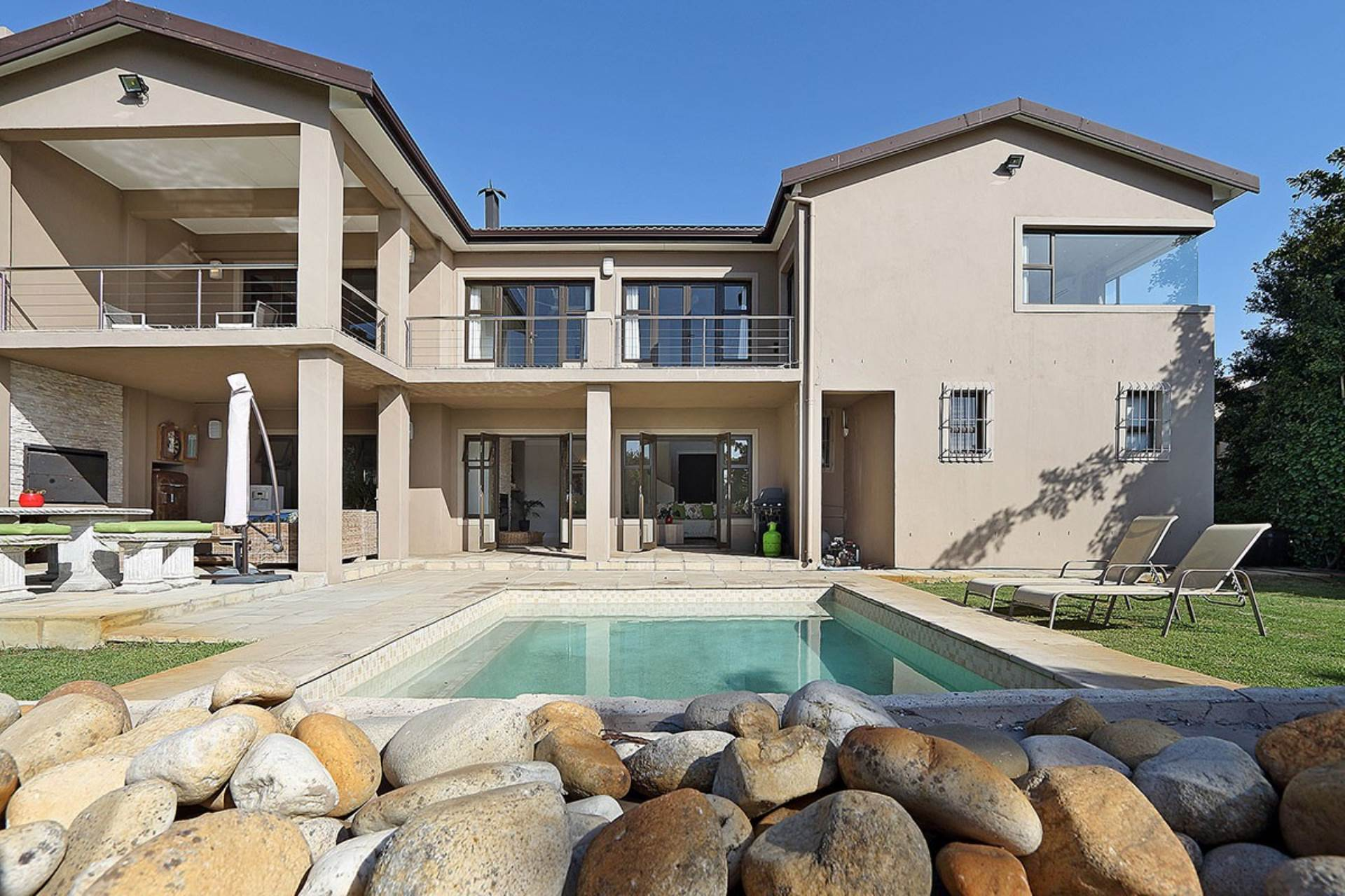 Property and Houses for sale in Milnerton Ridge, House, 5 Bedrooms - ZAR 4,950,000
