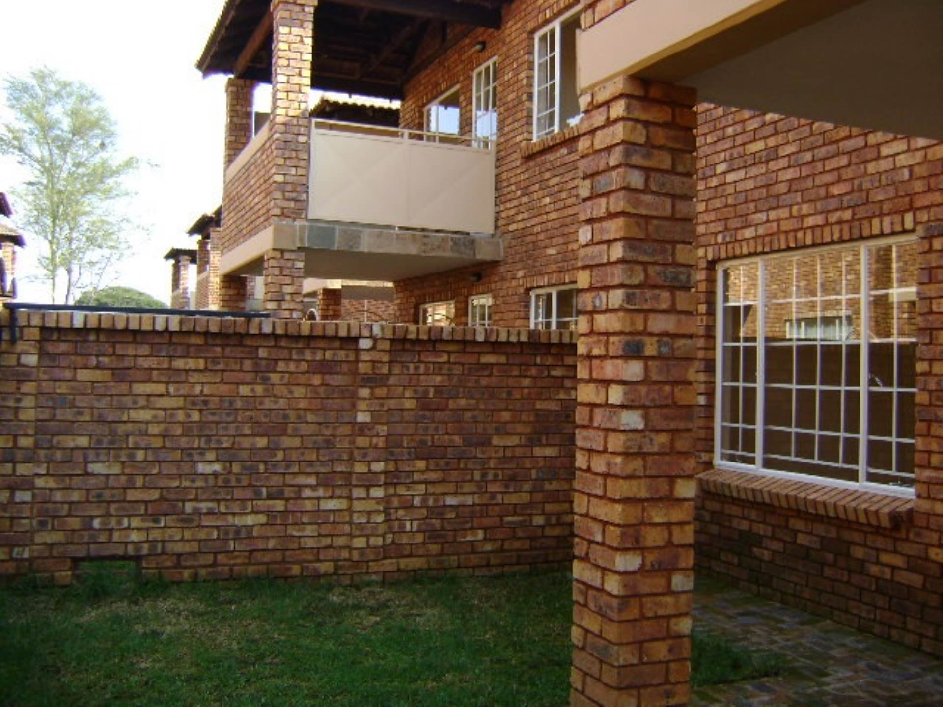 Property and Houses for sale in Andeon Ext 6, Townhouse, 2 Bedrooms - ZAR 525,000