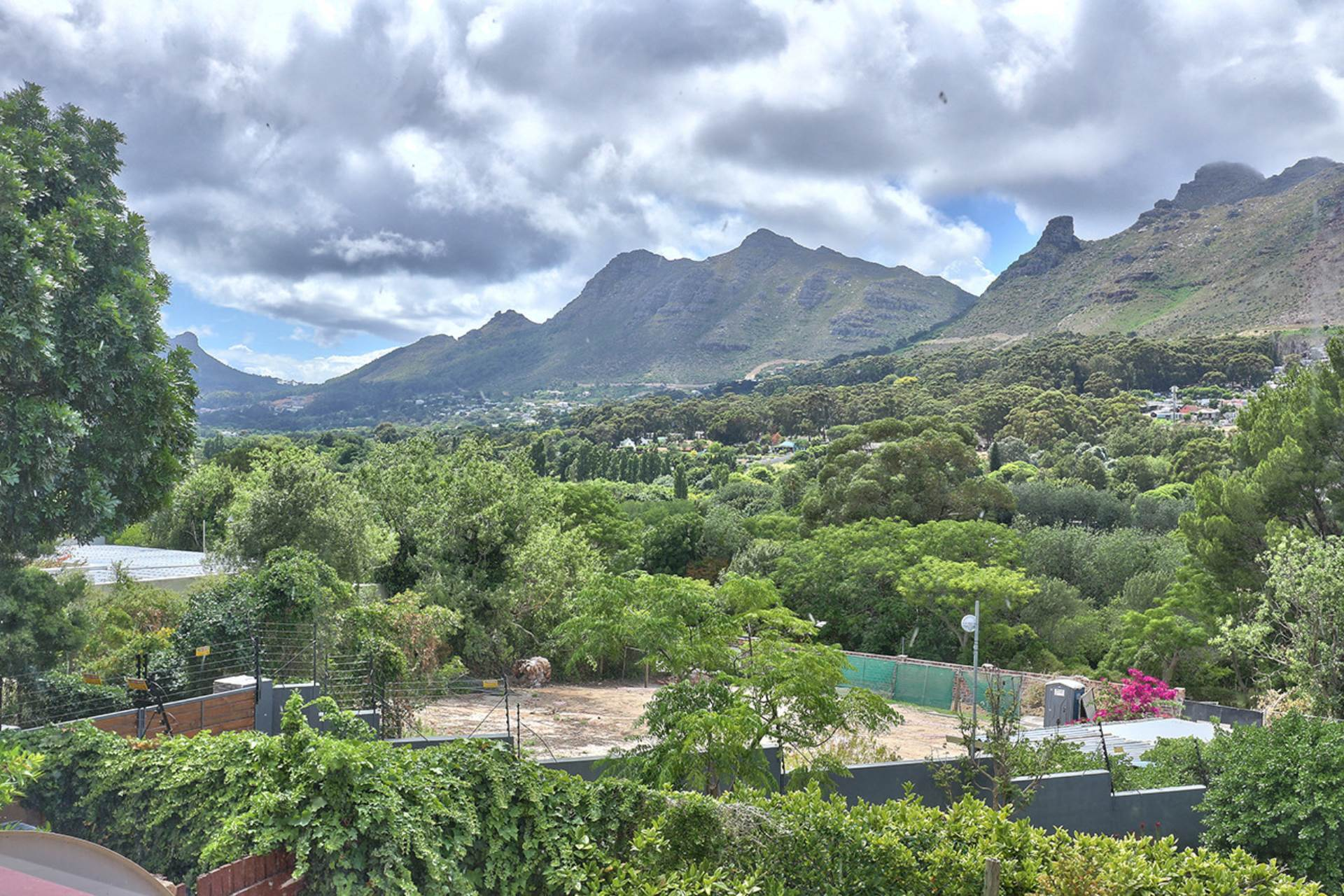 Hout Bay, Hout Bay Property    Houses For Sale Hout Bay, HOUT BAY, House 5 bedrooms property for sale Price:5,500,000