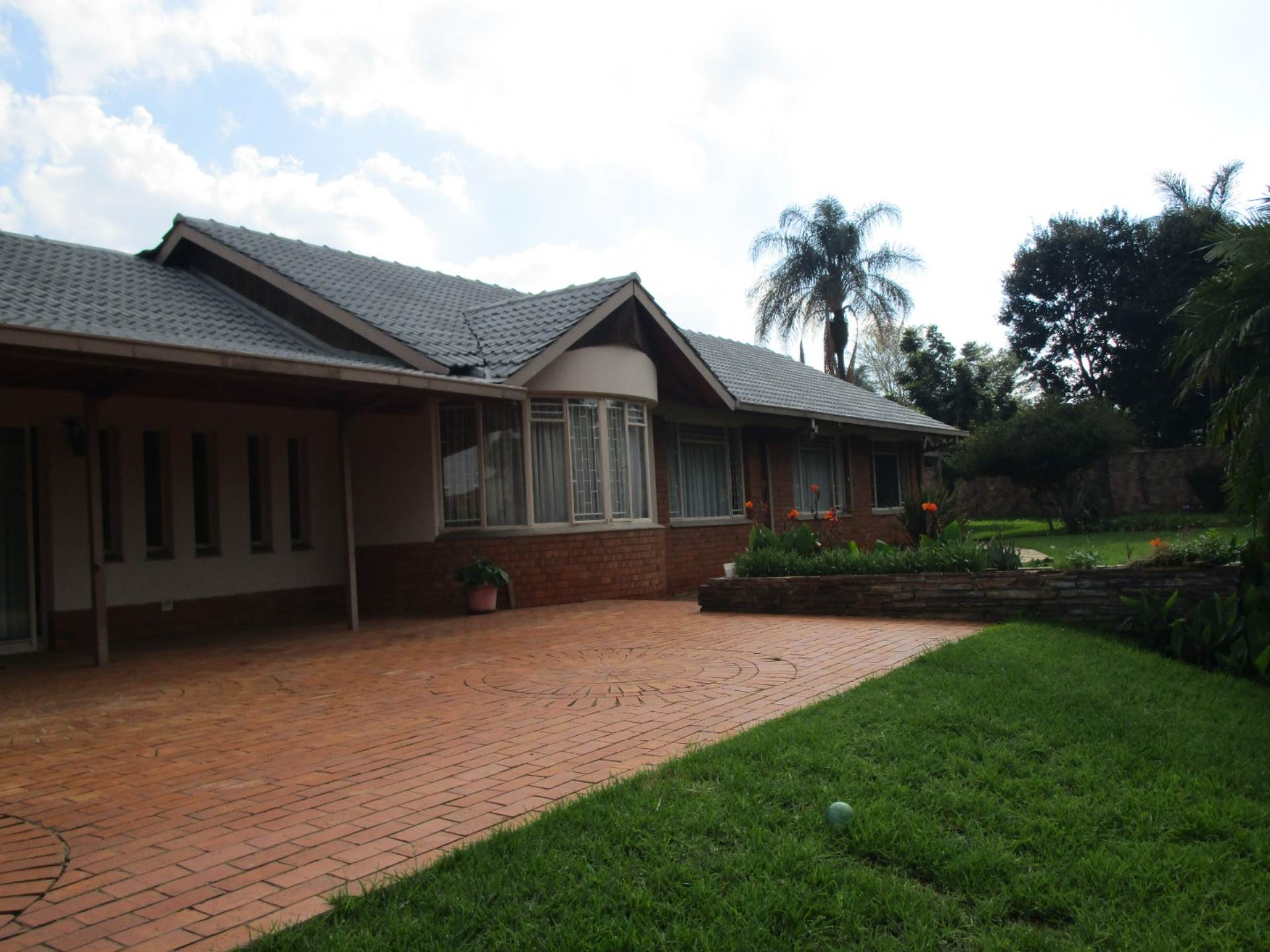 Property and Houses for sale in Die Wilgers, House, 4 Bedrooms - ZAR 2,830,000