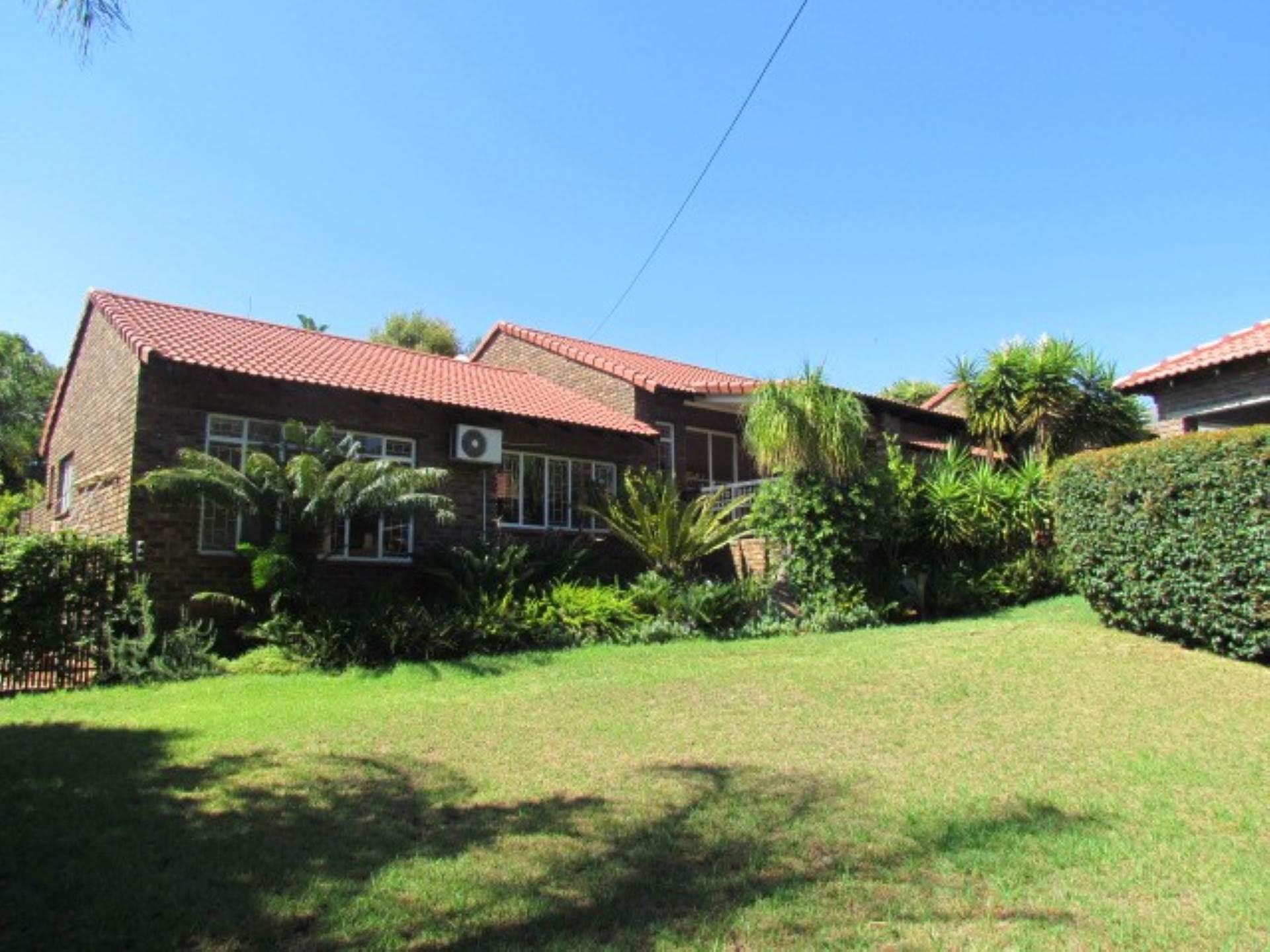Pretoria, Monument Park And Ext Property    Houses For Sale Monument Park And Ext, MONUMENT PARK and EXT, House 3 bedrooms property for sale Price:2,100,000