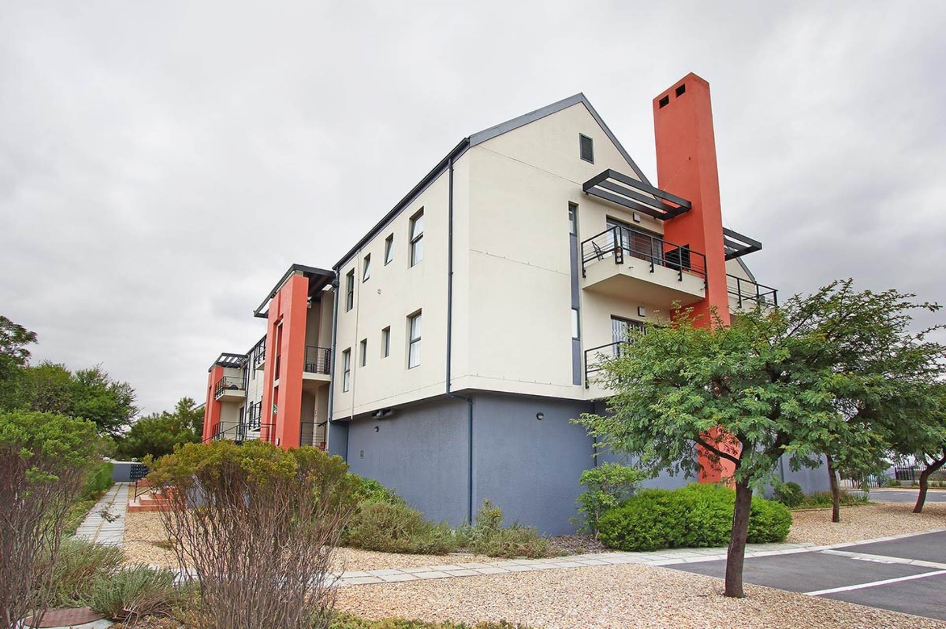 Property and Houses for sale in Royal Ascot, Apartment, 2 Bedrooms - ZAR 1,695,000