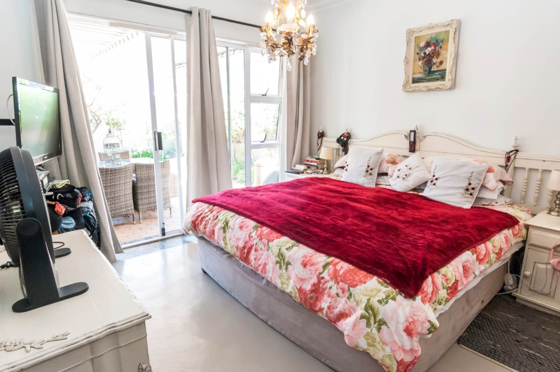 Gallo Manor - Townhouse For Sale in GALLO MANOR, SANDTON for sale in