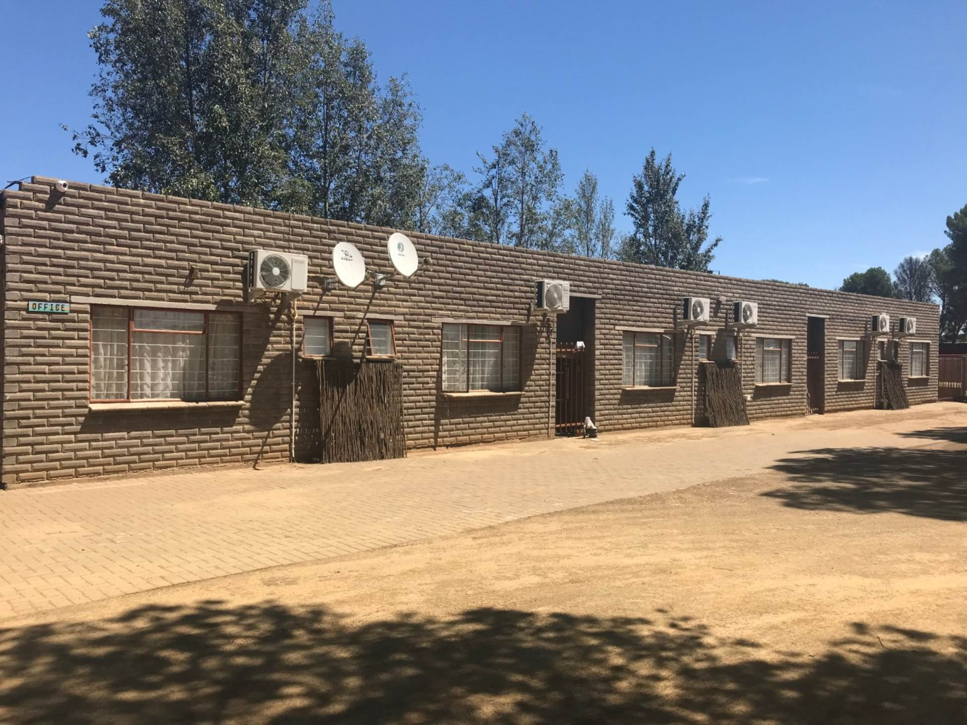 Guest house For Sale in QUAGGAFONTEIN