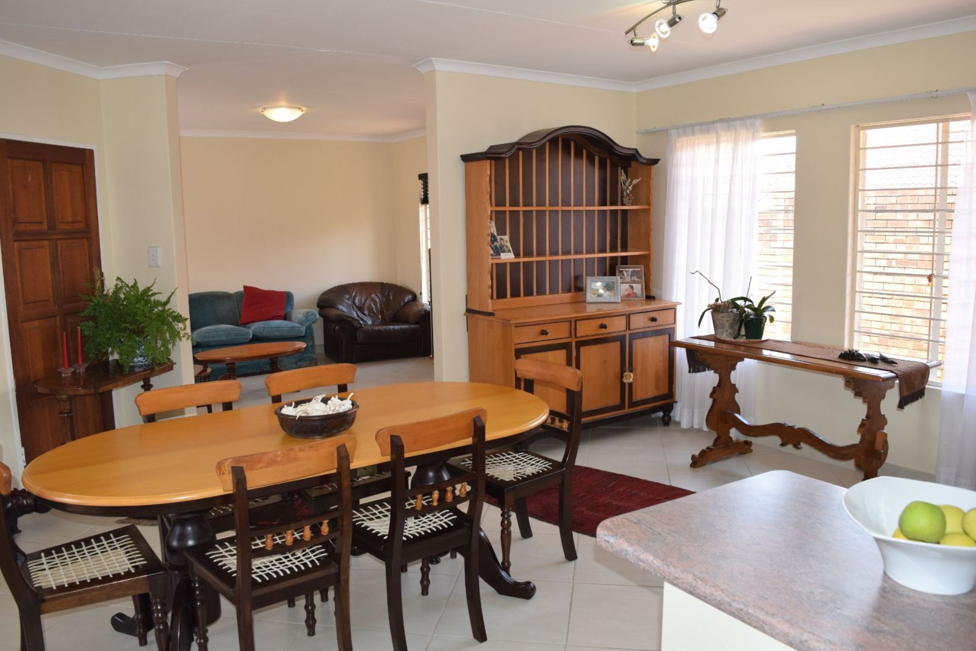 House For Sale in LYNNWOOD MANOR