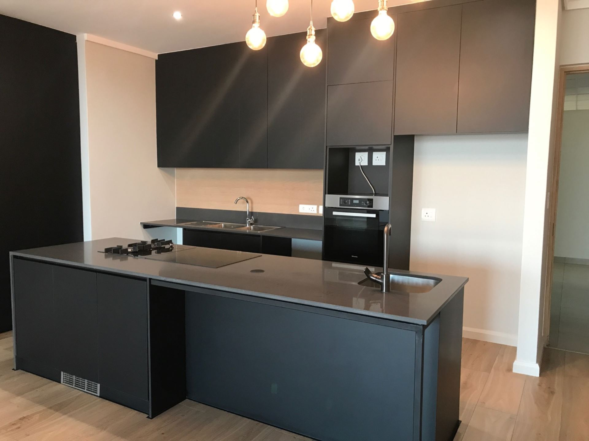 Apartment Rental Monthly in MIDFIELD ESTATE