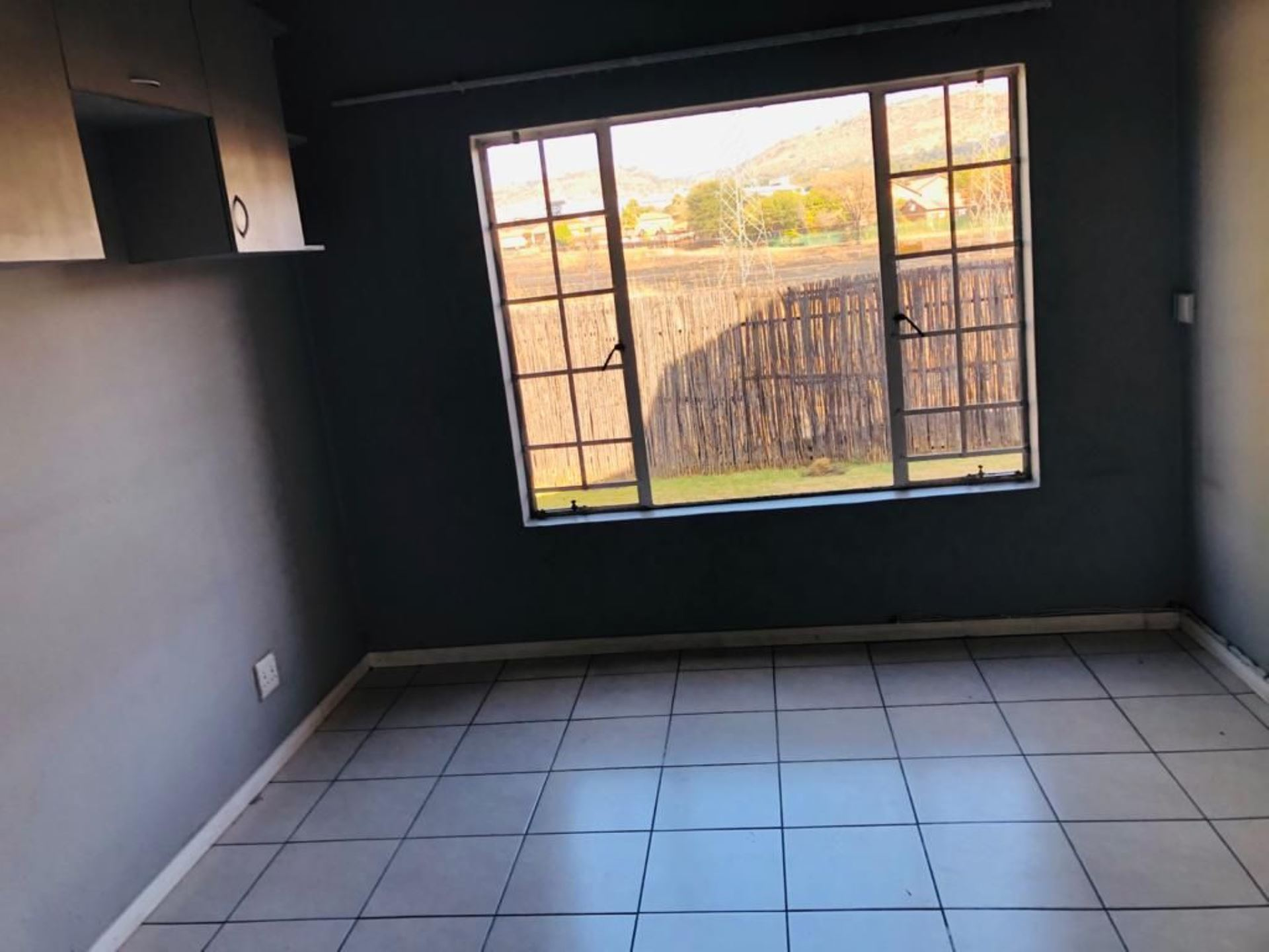 Townhouse Rental Monthly in WILGEHEUWEL