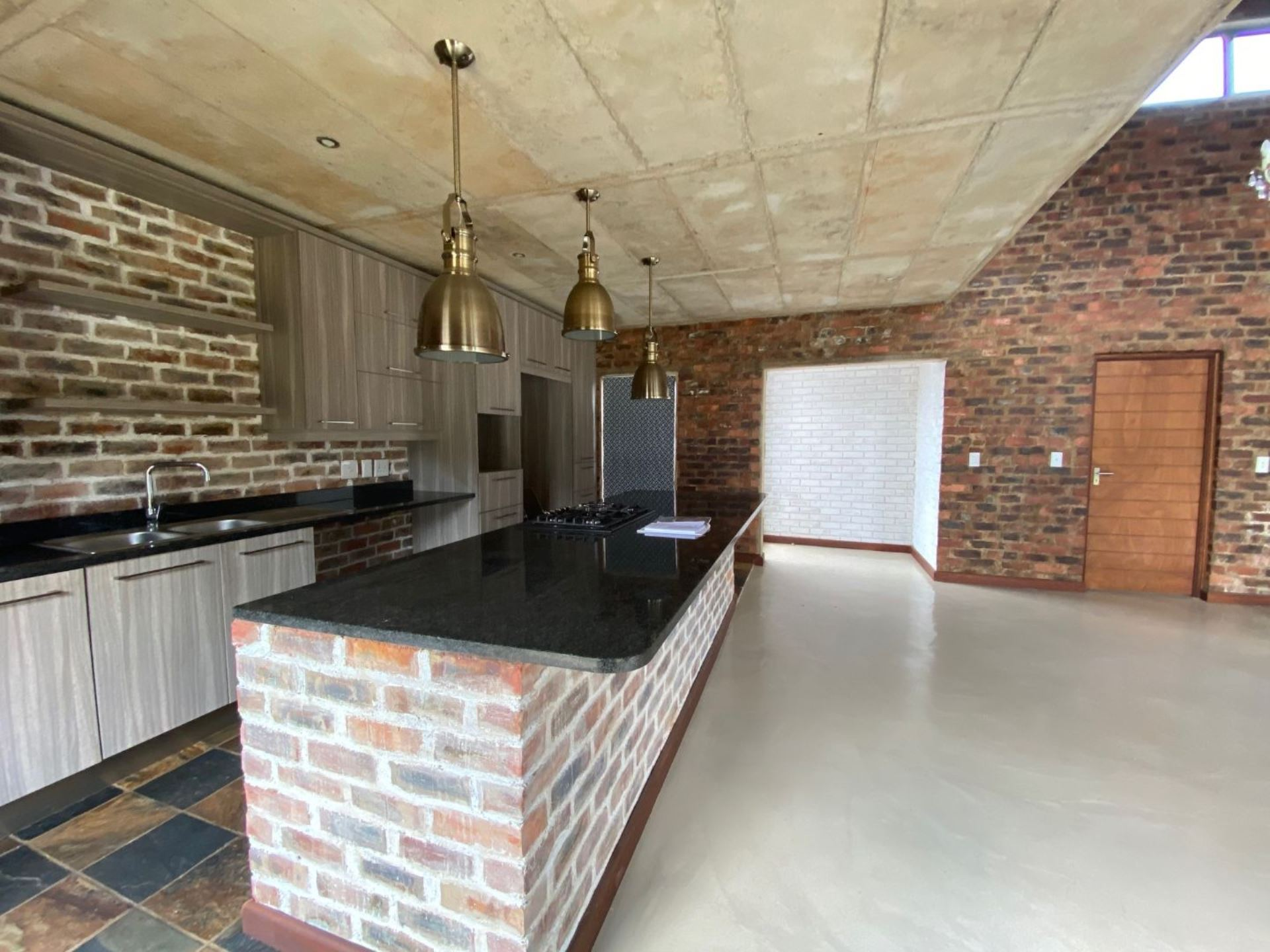 House Rental Monthly in Midstream Meadows