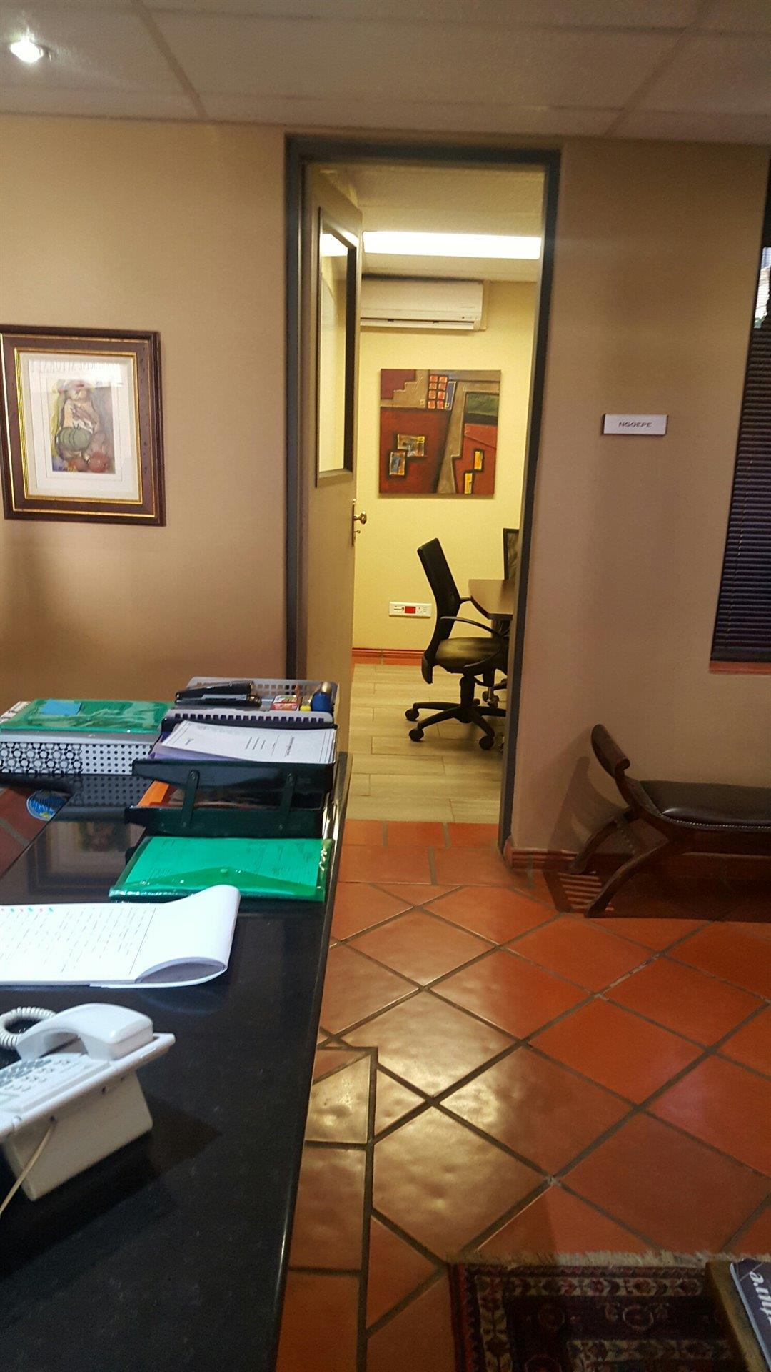Office To Rent In Lynnwood Park