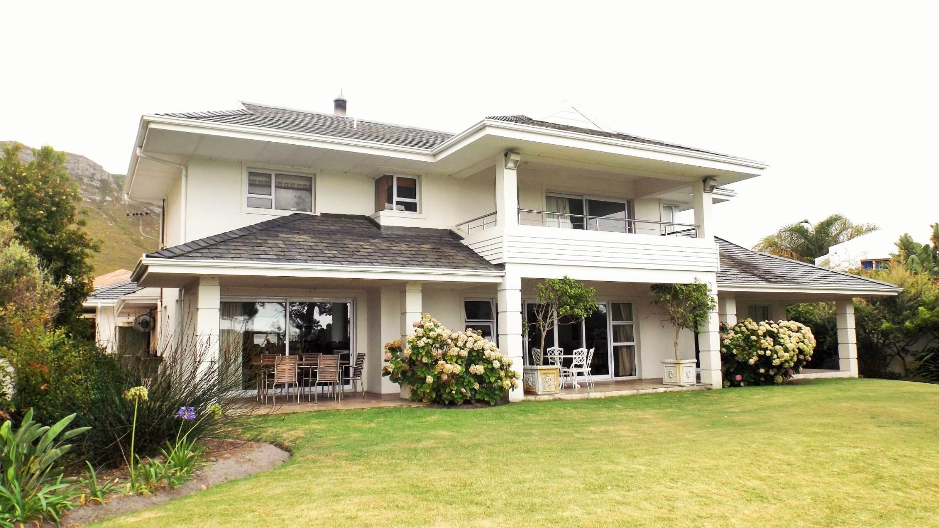 3 BedroomHouse For Sale In Hermanus Heights