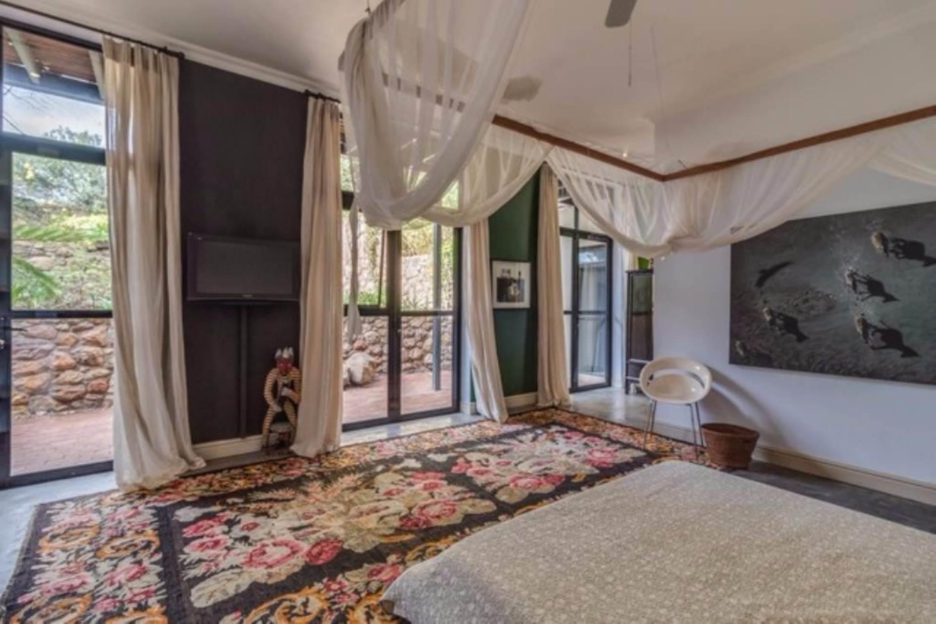 Oranjezicht property for sale. Ref No: 13475188. Picture no 14