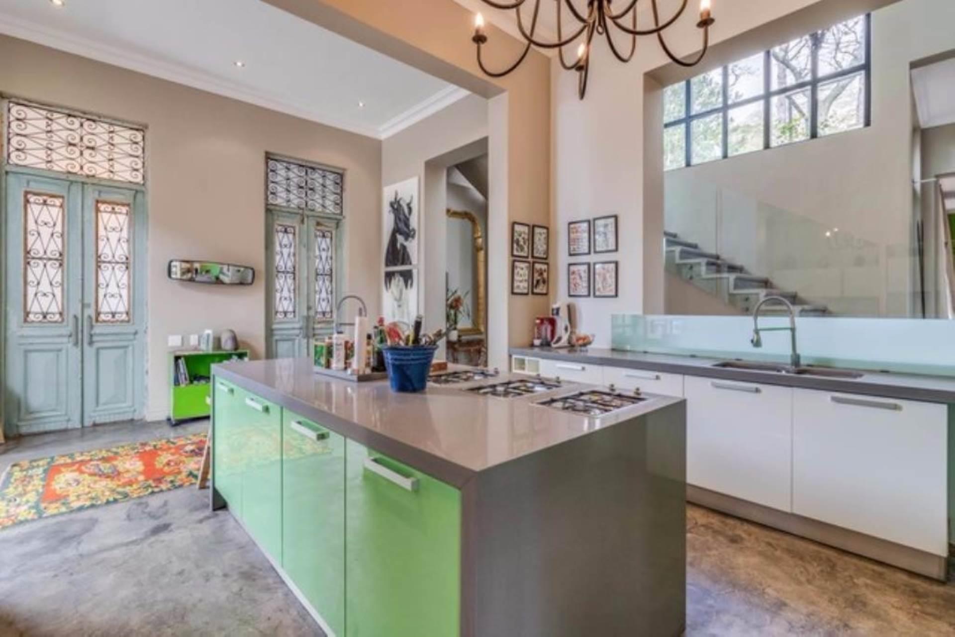 Oranjezicht property for sale. Ref No: 13475188. Picture no 9