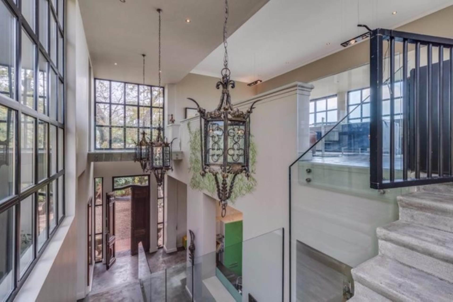 Oranjezicht property for sale. Ref No: 13475188. Picture no 21