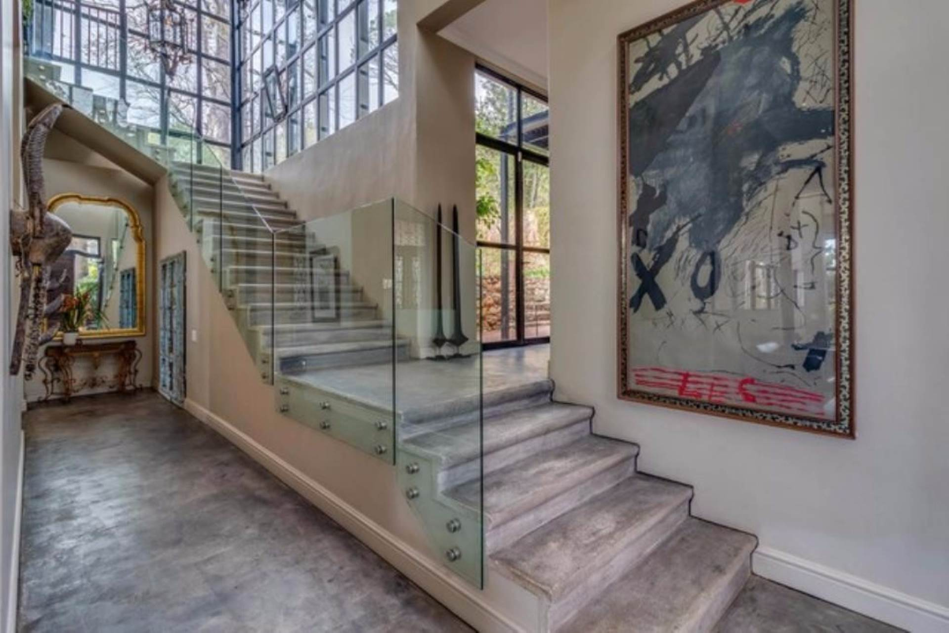 Oranjezicht property for sale. Ref No: 13475188. Picture no 12