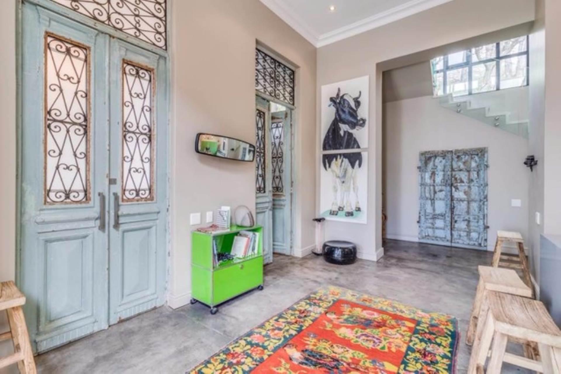 Oranjezicht property for sale. Ref No: 13475188. Picture no 3
