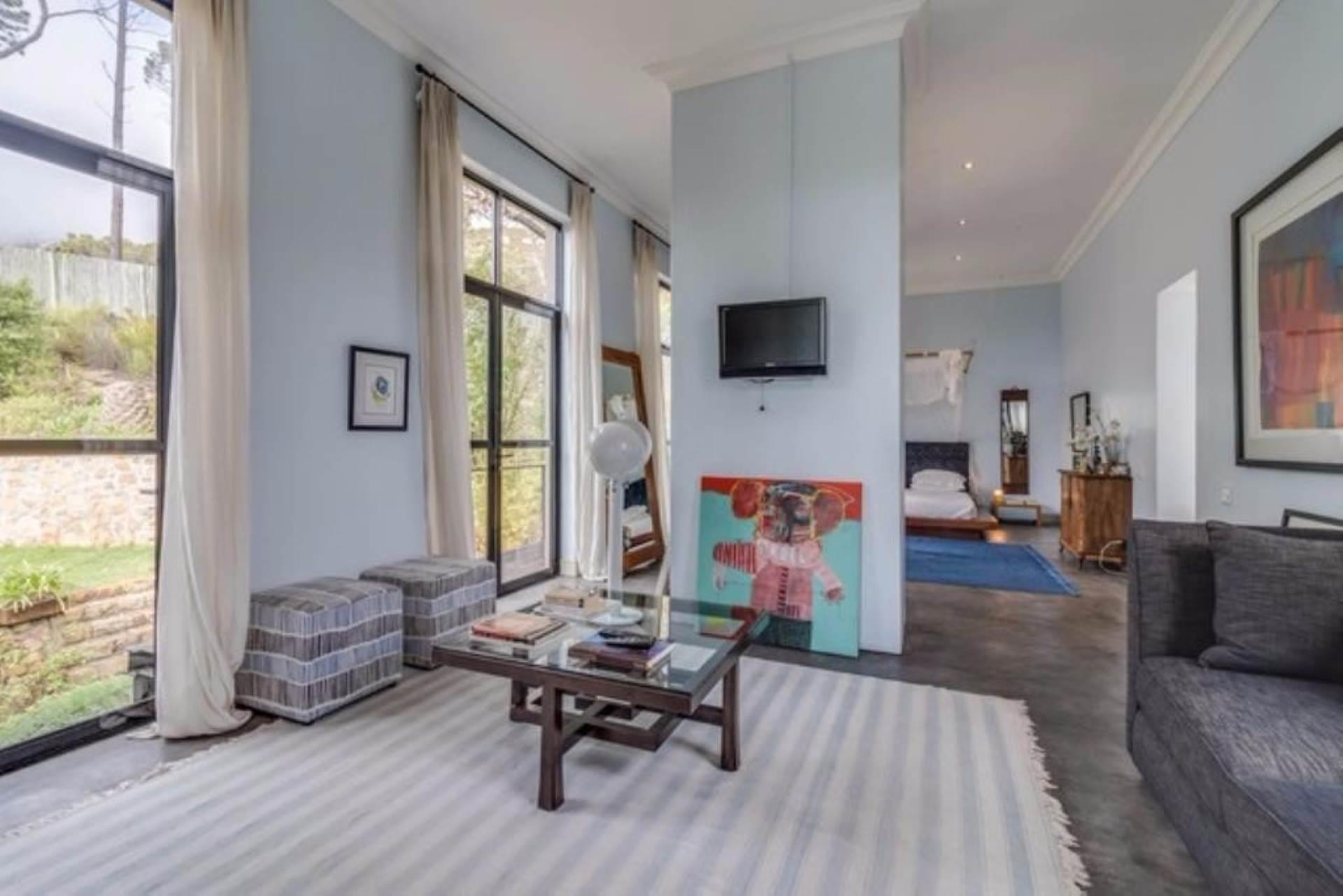 Oranjezicht property for sale. Ref No: 13475188. Picture no 16