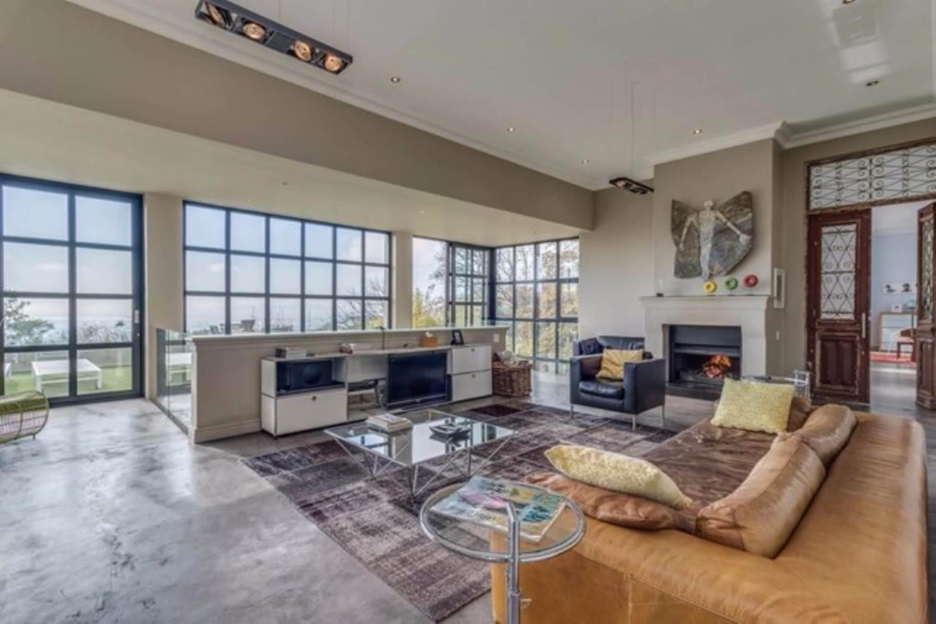 Oranjezicht property for sale. Ref No: 13475188. Picture no 23