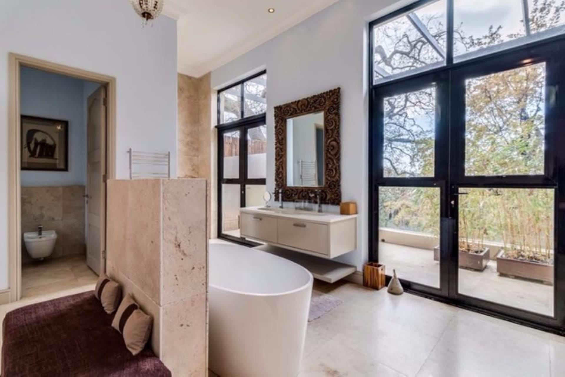 Oranjezicht property for sale. Ref No: 13475188. Picture no 19