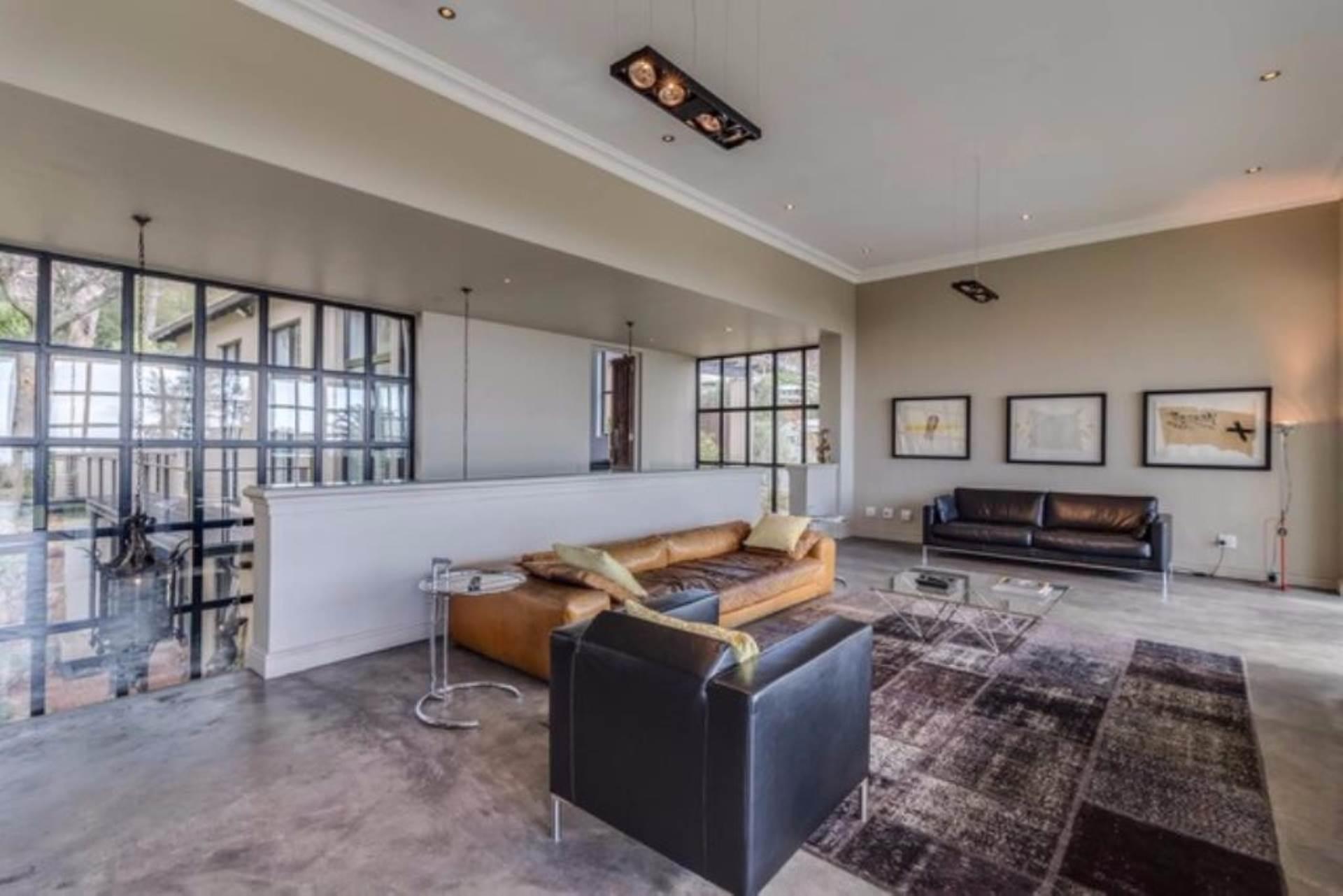 Oranjezicht property for sale. Ref No: 13475188. Picture no 24