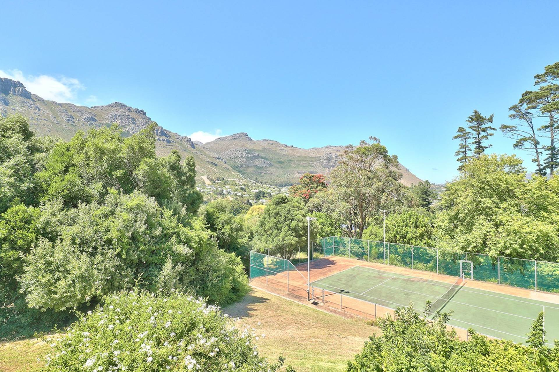 Hout Bay property to rent. Ref No: 13549182. Picture no 38