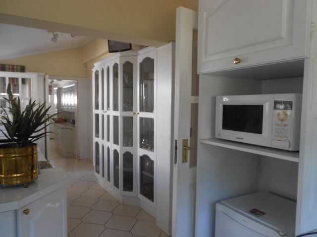 4 BedroomHouse For Sale In Hospitaalpark