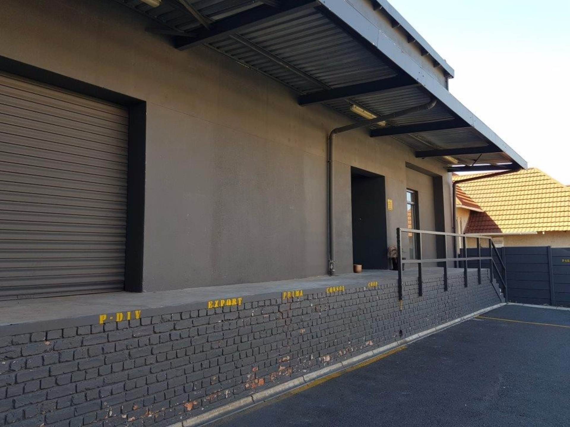 Cape Town, Salt River Property  | Houses To Rent Salt River, SALT RIVER, Commercial  property to rent Price:, 60,00*