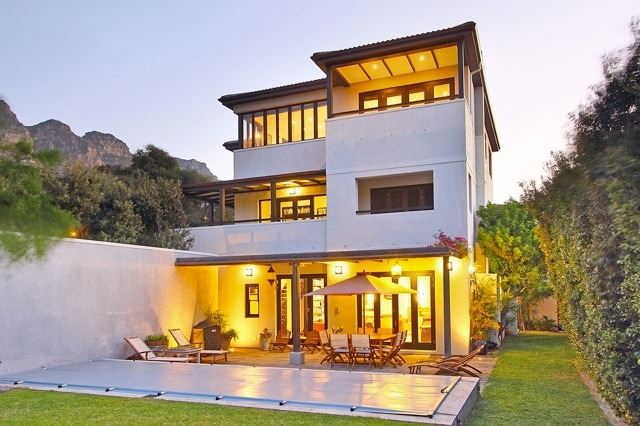 Camps Bay property to rent. Ref No: 13506840. Picture no 1